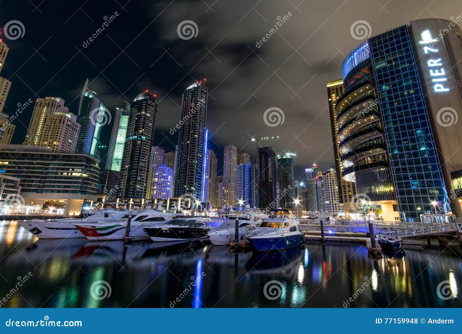 Nuit de marina du Dubaï