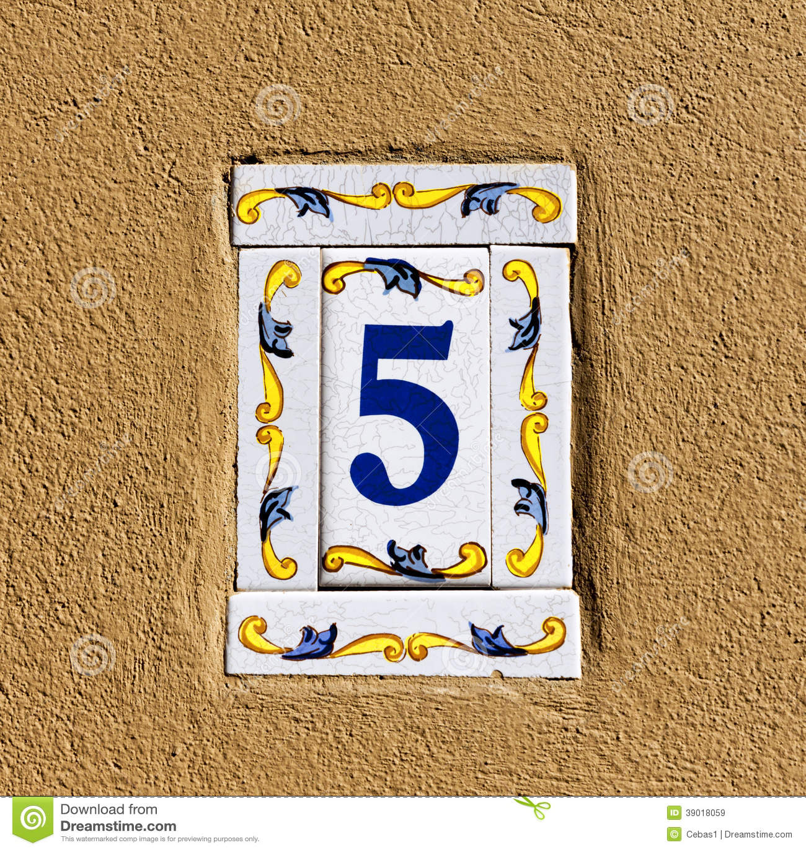 Numéro de maison décoré