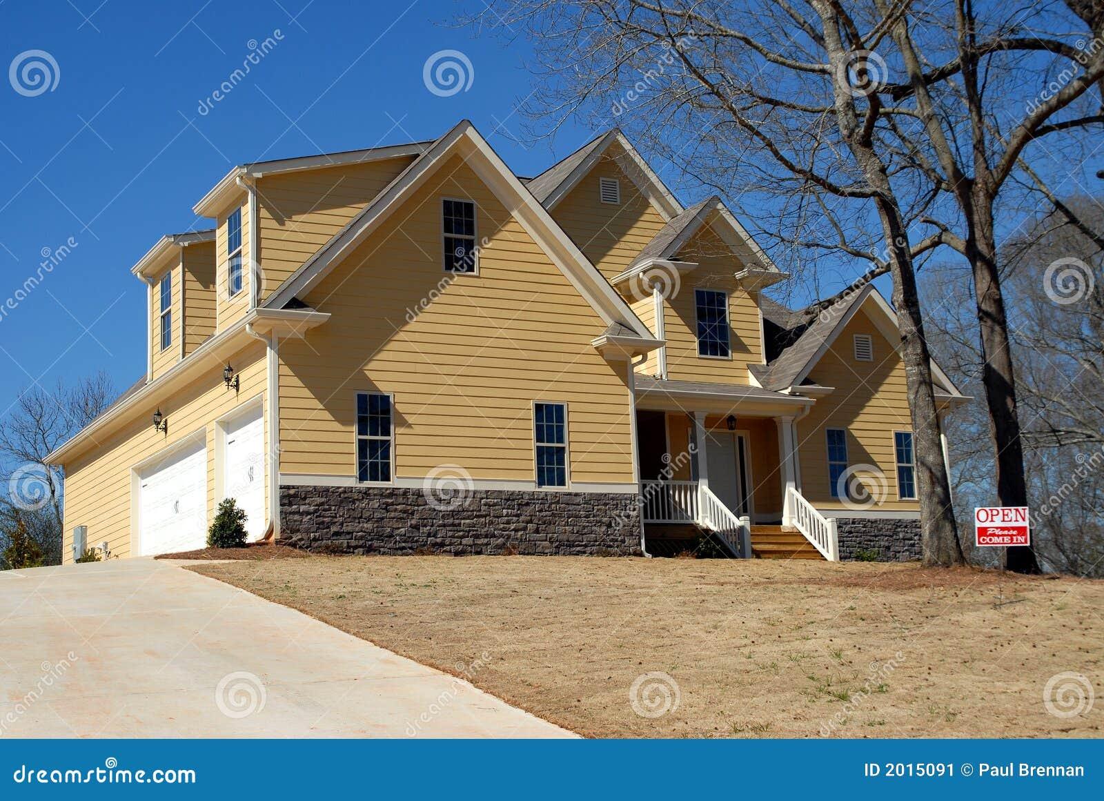 Nuova casa immagine stock immagine di appaltatore for Nuova casa coloniale in inghilterra