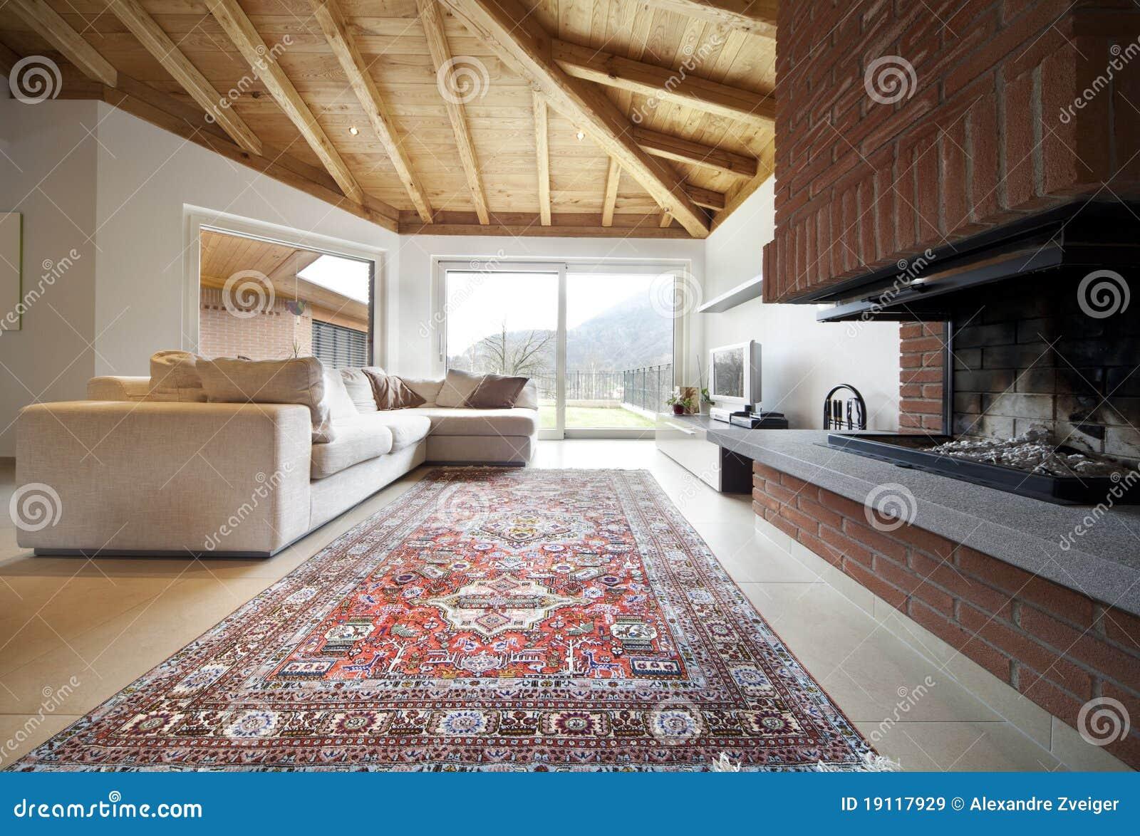 Nuova casa bella, interiore moderno
