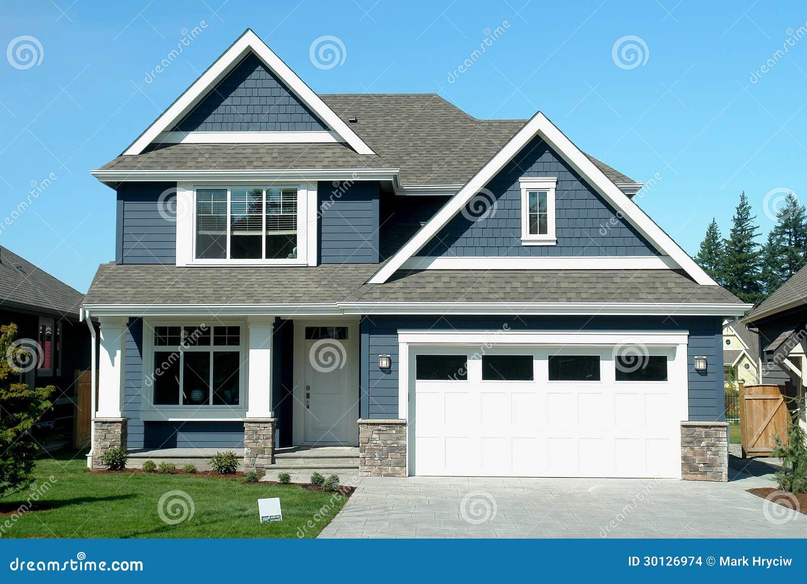 Casa del blu della nuova casa