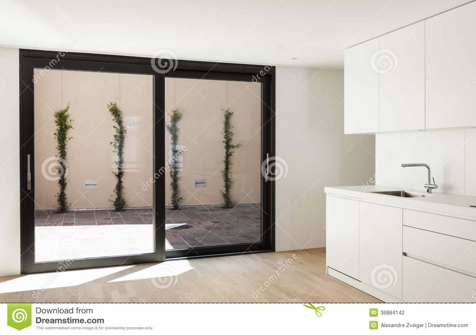 Download Nuova casa interna, cucina fotografia stock. Immagine di architettura - 36884142