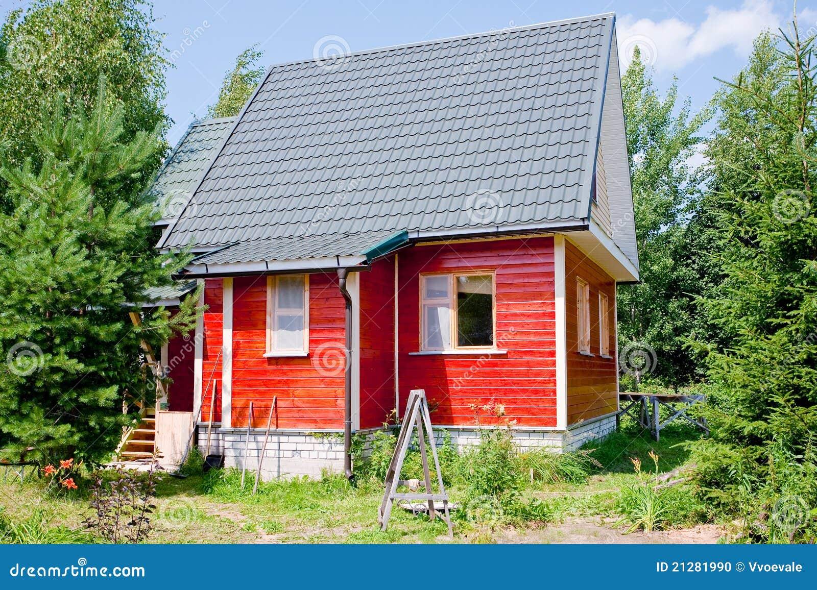 Nuova piccola casa di campagna fotografia stock immagine for Schizzo di piccola casa