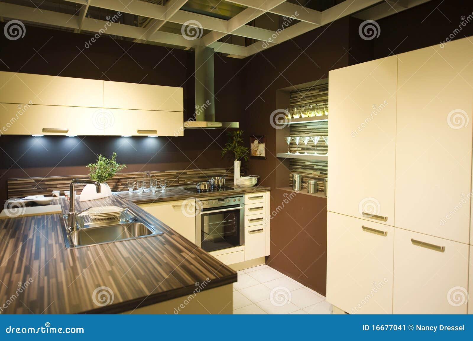 Nuova Scala Moderna 6 Della Cucina Immagine Stock - Immagine di ...