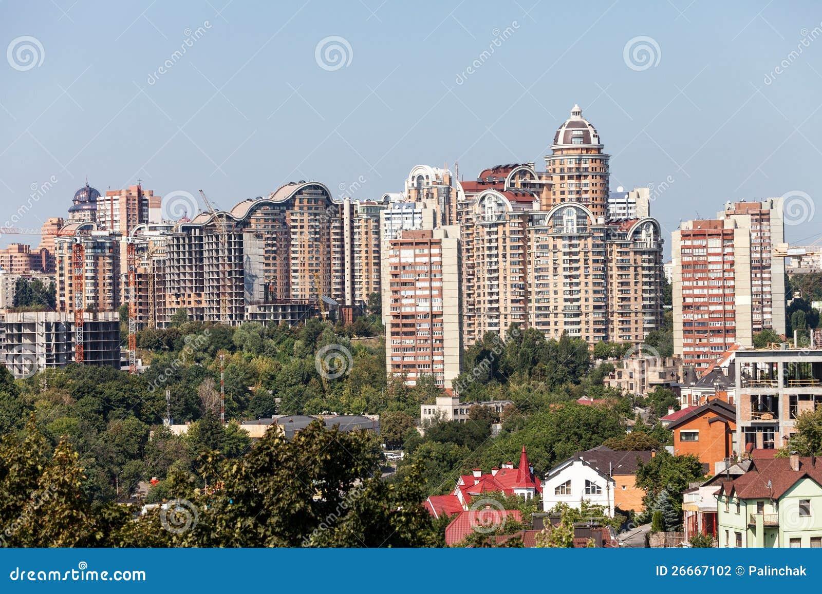 Nuove case di kiev fotografia stock immagine 26667102 for Finanziamento della costruzione di nuove case