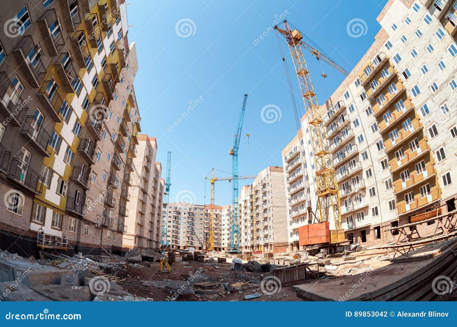 Nuove costruzioni di appartamento alte in costruzione con for Nuove planimetrie di costruzione