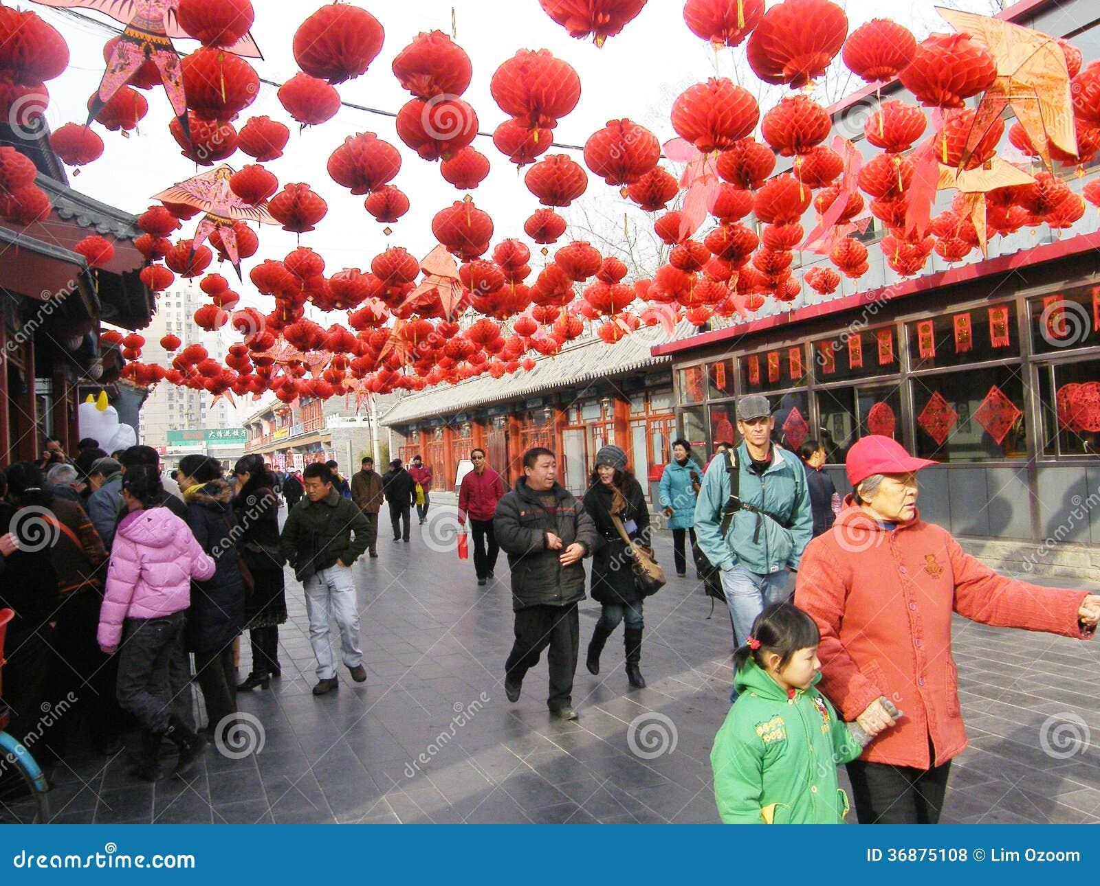 Download Nuovo anno cinese fotografia stock editoriale. Immagine di uomo - 36875108