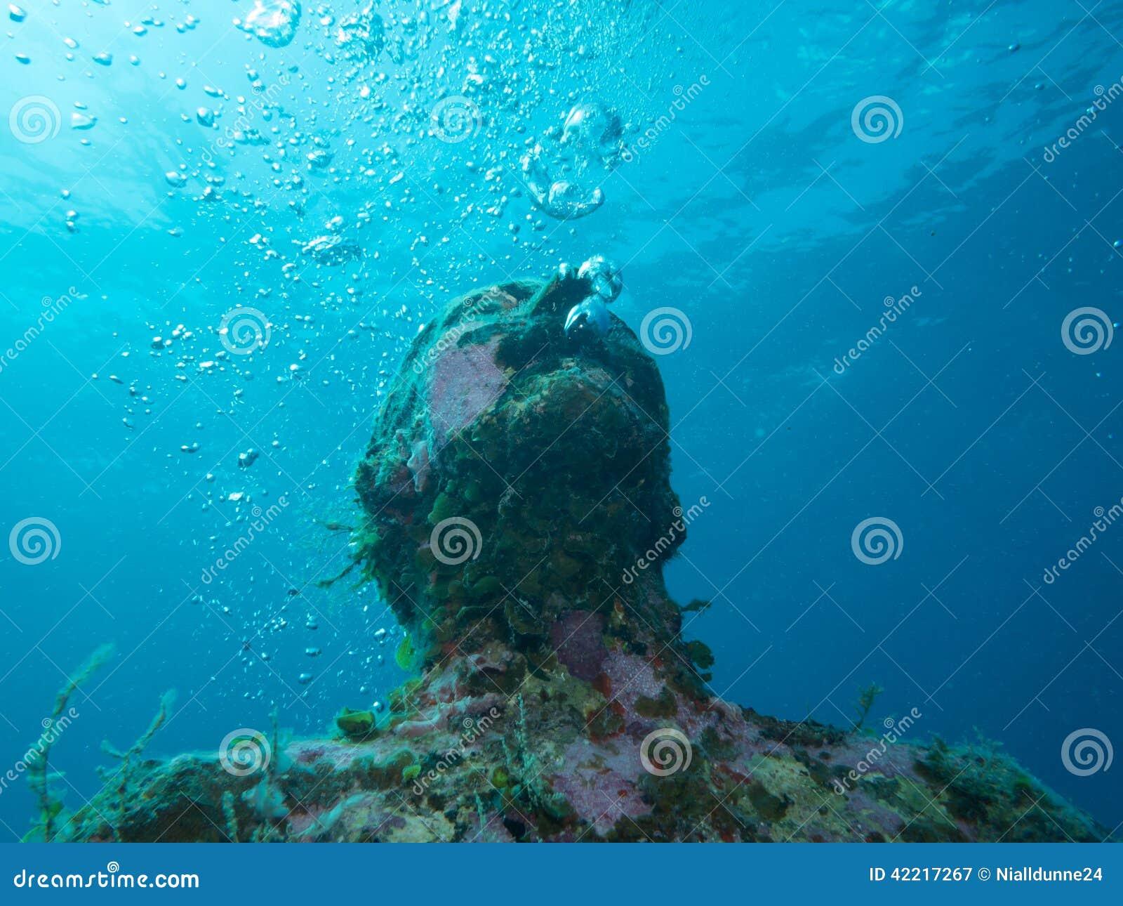 Nurkować przy podwodnym muzealnym Cancun