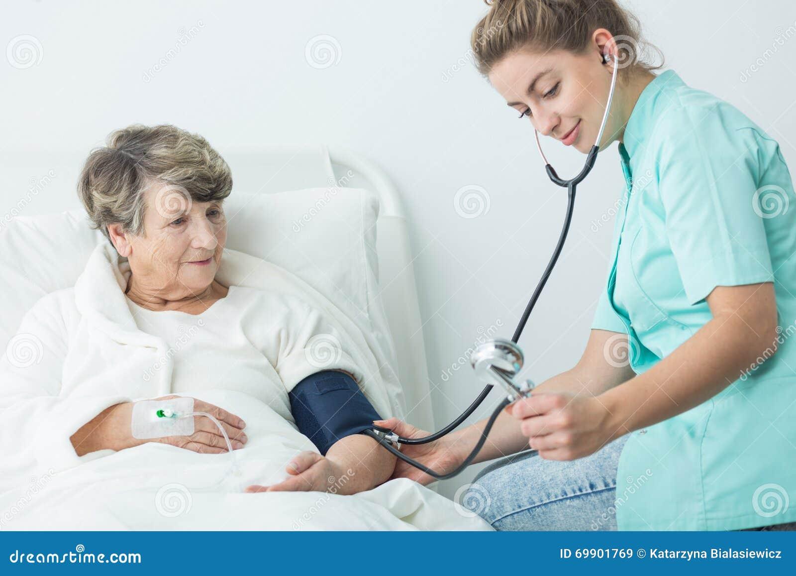 qualities of a good nurse pdf
