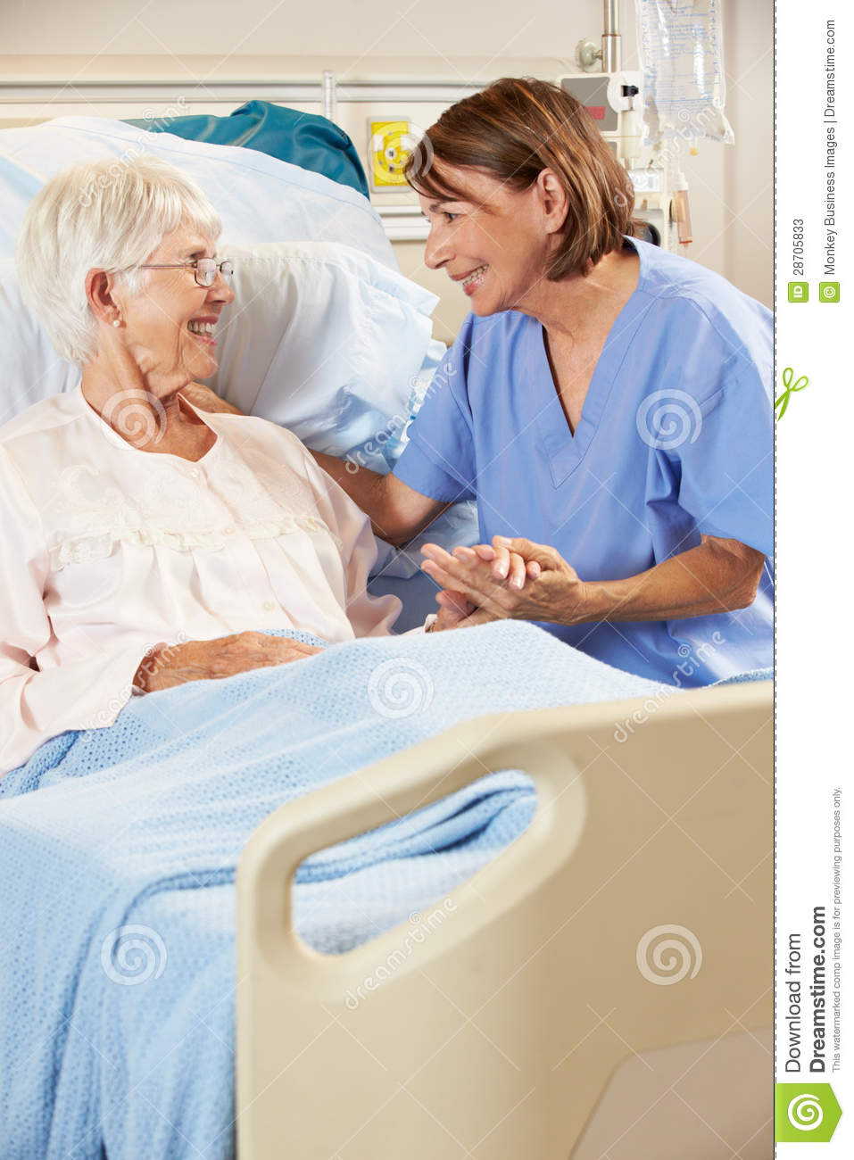 Nurse Talking To Senior Female Patient In Hospital Bed Stock Photos ... Female Accountant Clipart