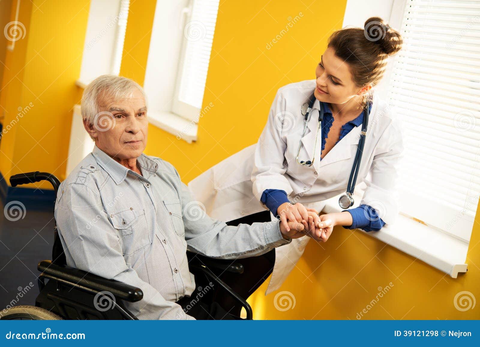 Смотреть про медсестер бесплатно 13 фотография