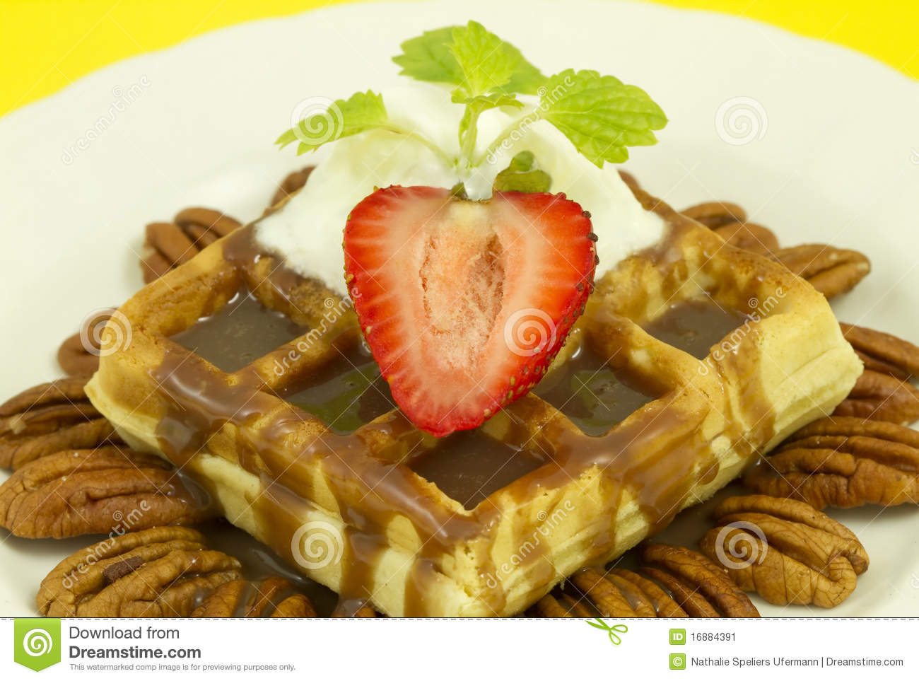 Nut Strawberry Waffle Front View Stock Image - Image: 16884391