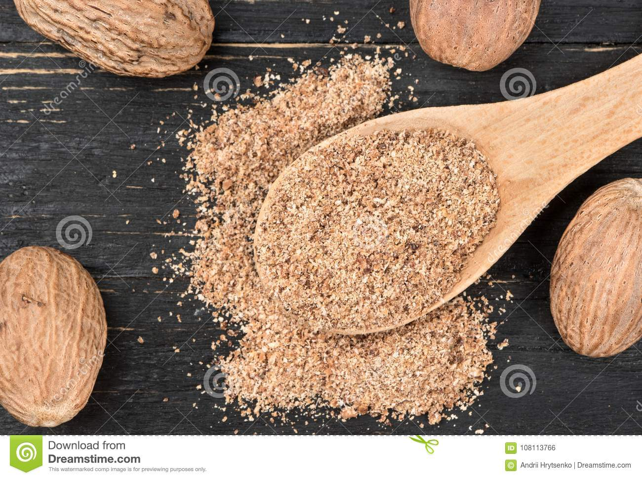 Nutmeg powder in spoon