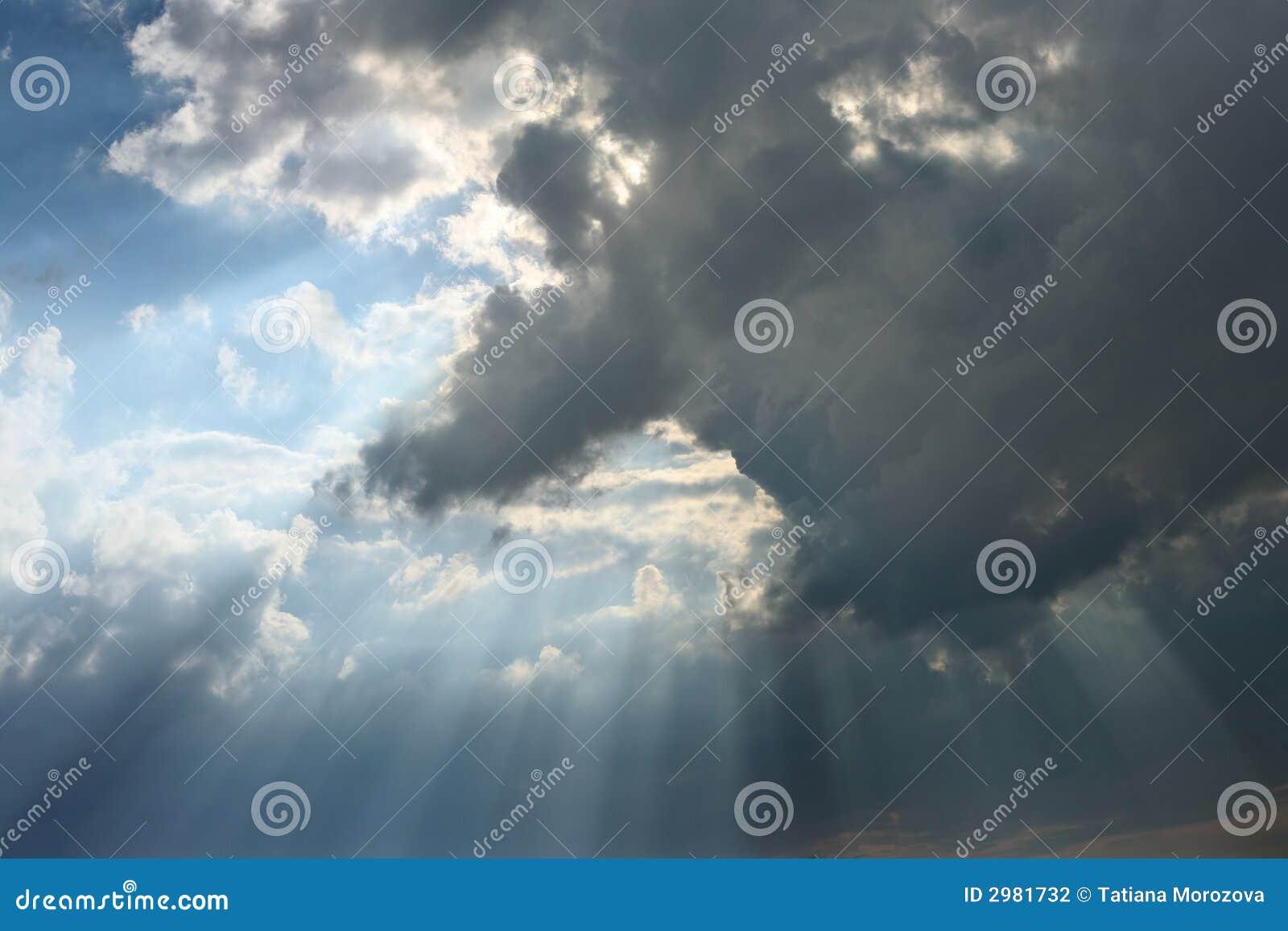 Nuvem com feixes