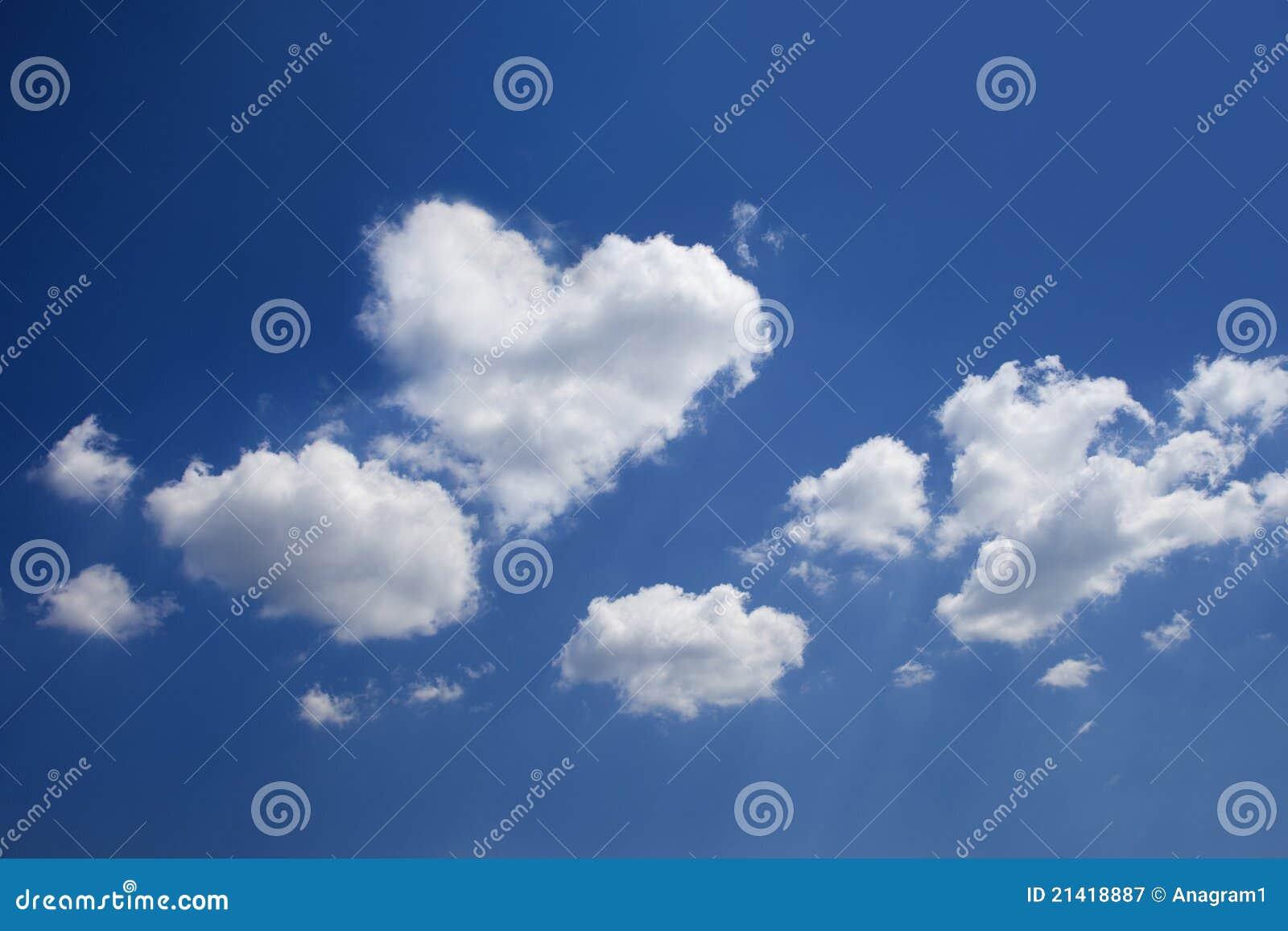 Nuvem Heart-shaped