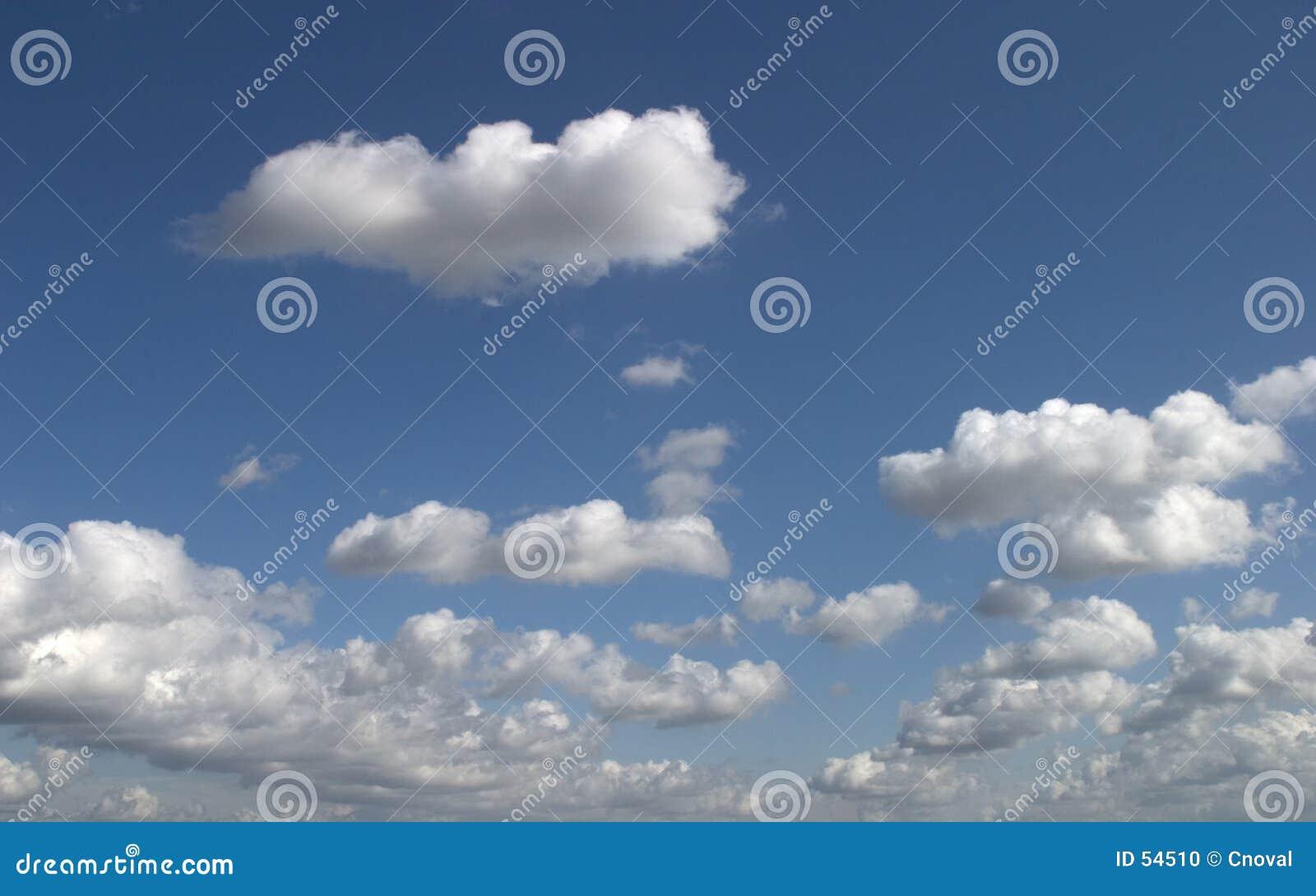 Nuvens agradáveis