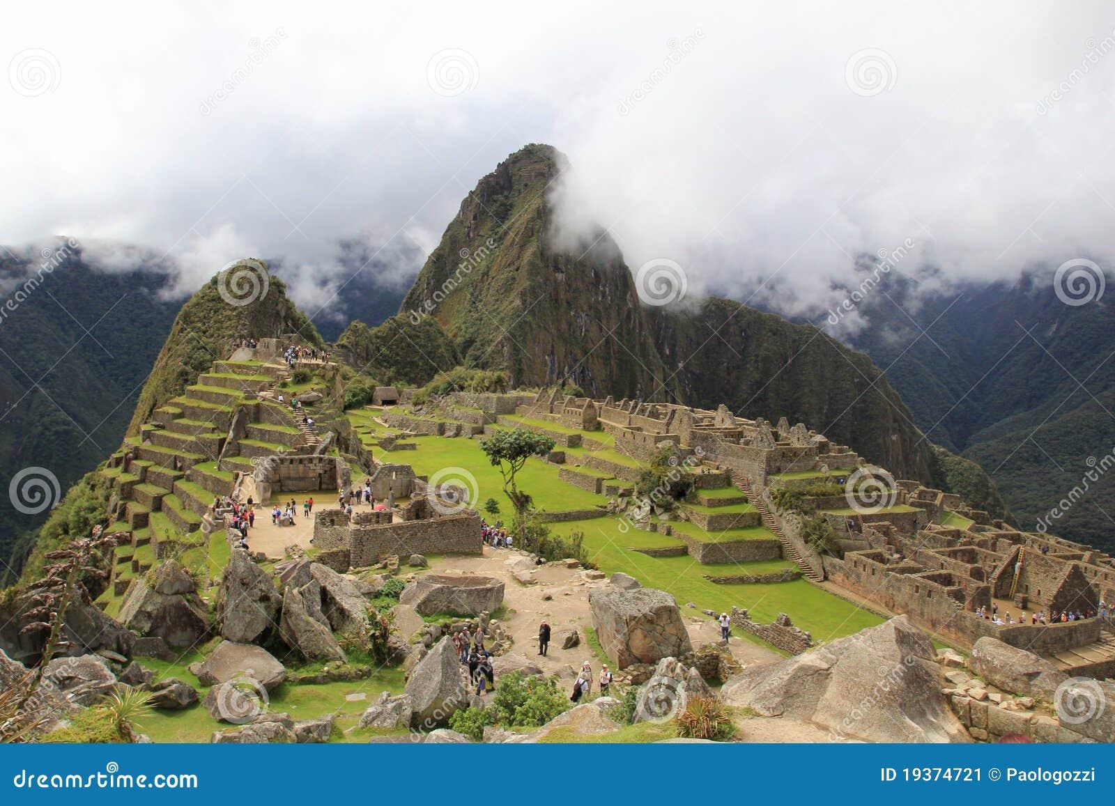Nuvens de Machu Picchu
