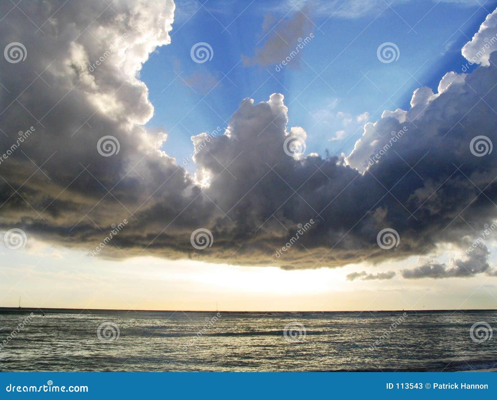 Nuvens sobre Waikiki