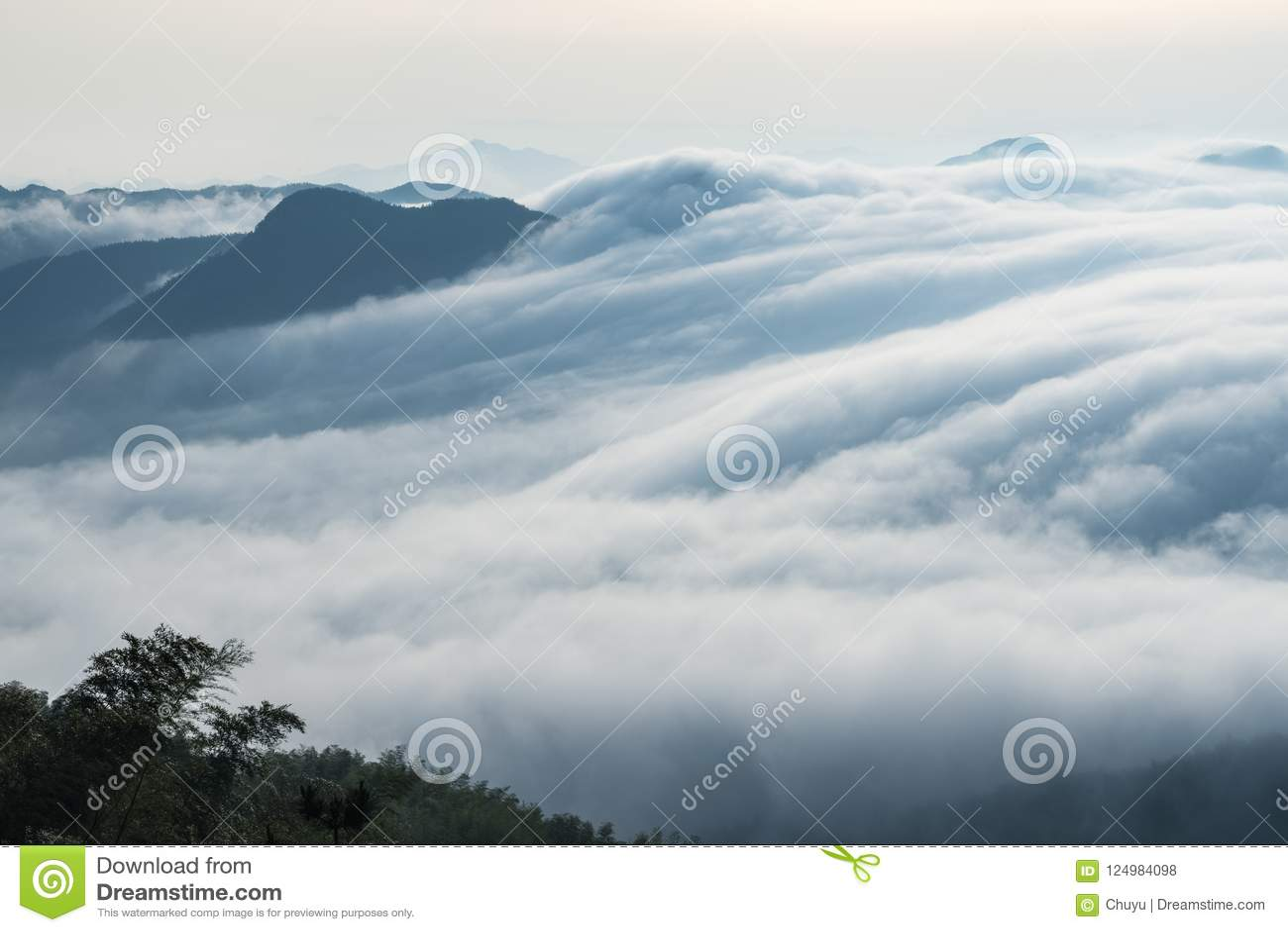 Nuvole dalle cascate