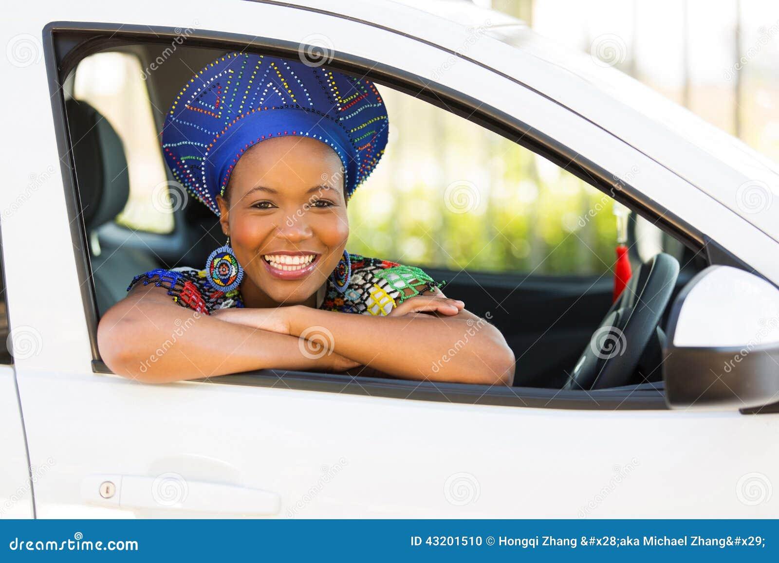 Download Ny Bil För Afrikansk Flicka Arkivfoto - Bild av hatt, loft: 43201510