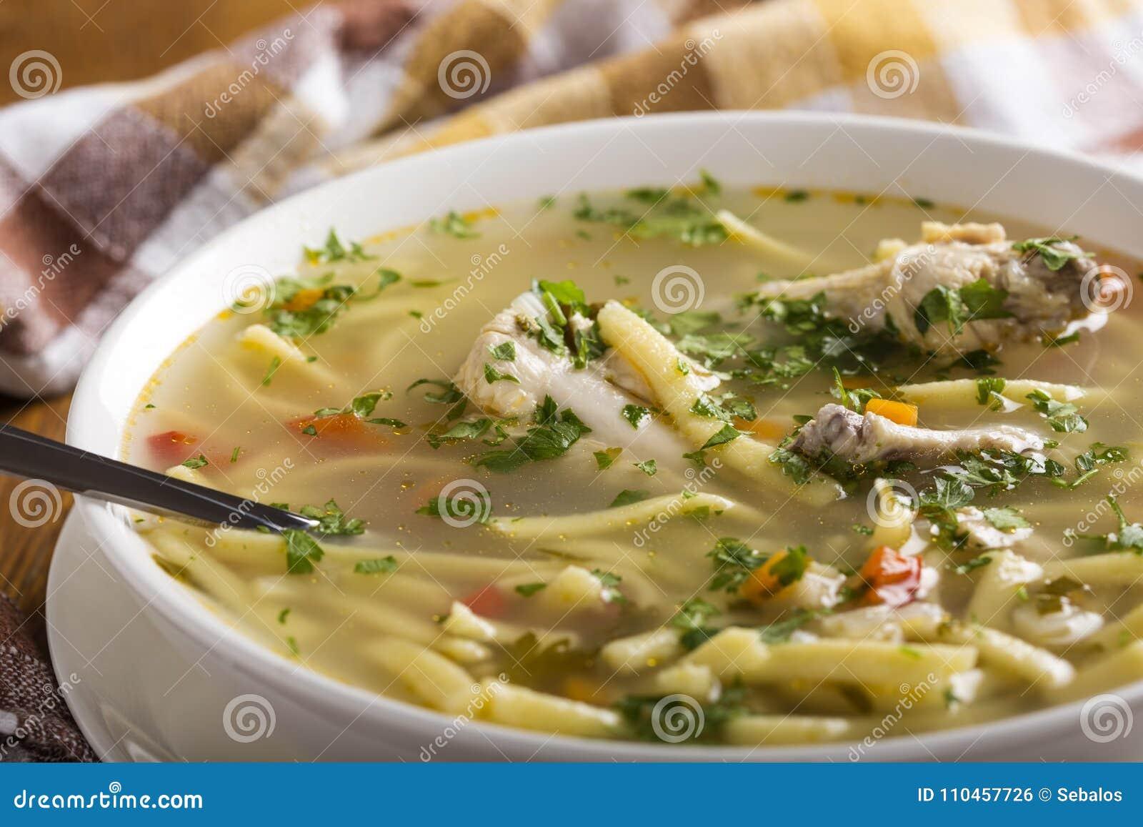 Ny feg soppa med nudeln