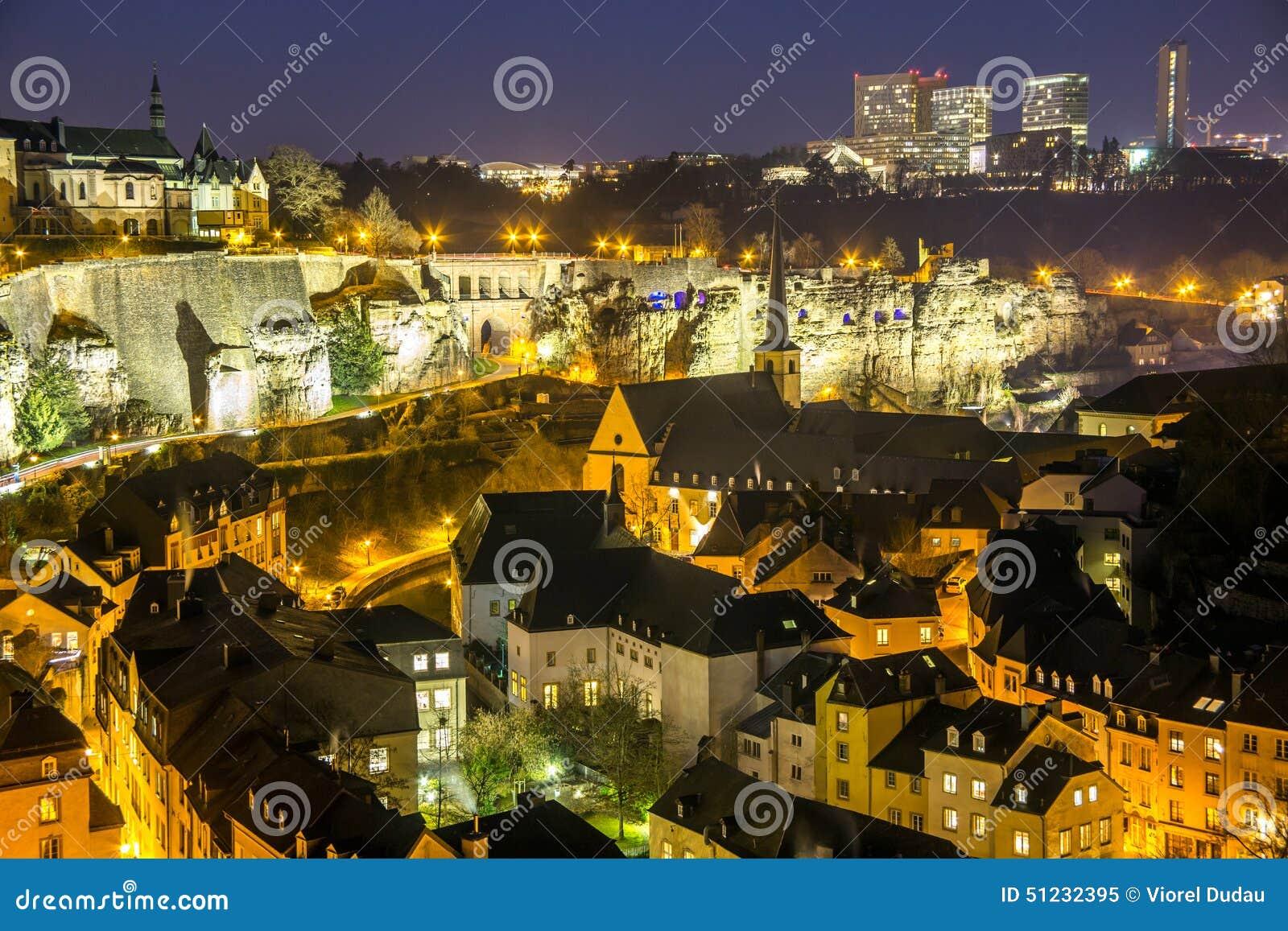 Ny Luxembourg stad som är gammal och