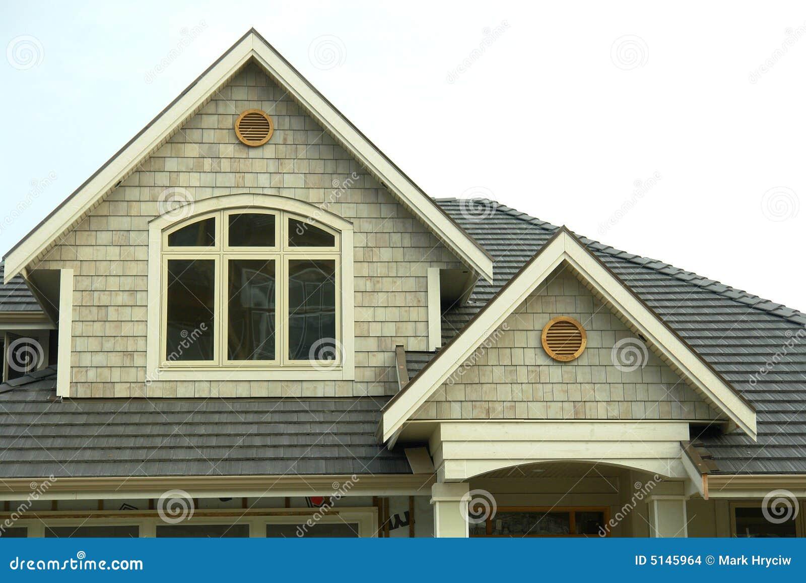 Ny siding för ytterhome hus