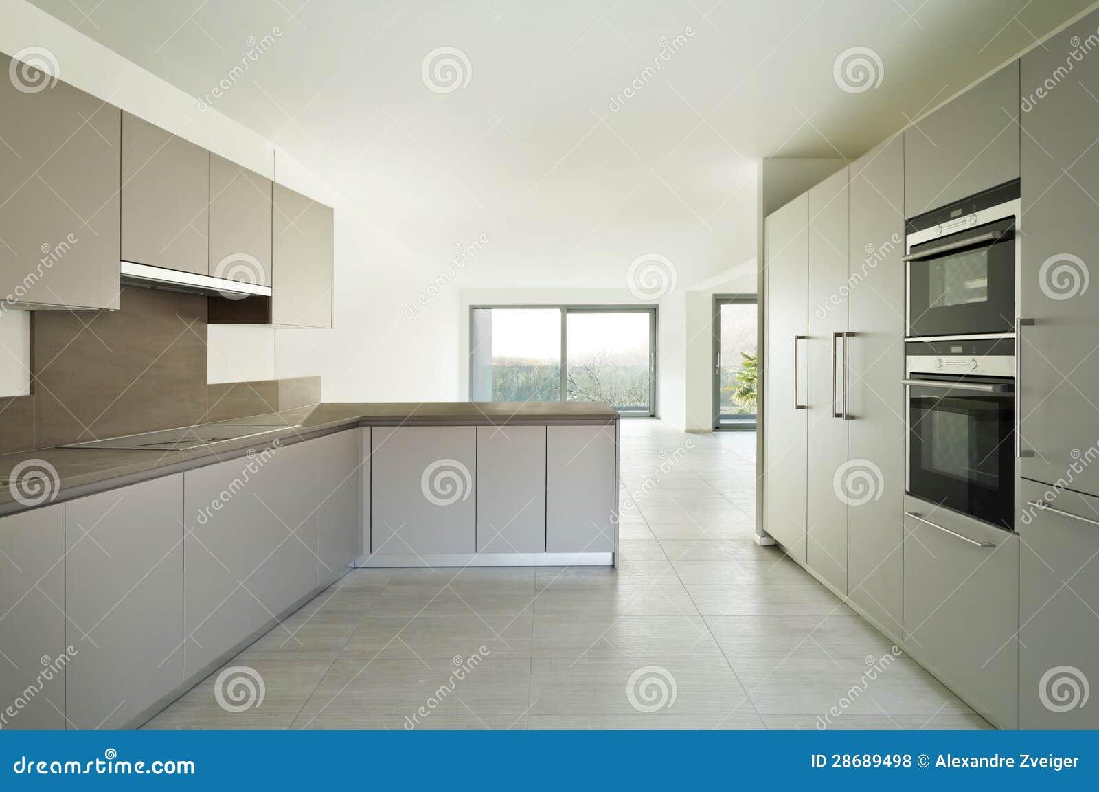 Nytt tomt kök för lägenhet fotografering för bildbyråer   bild ...