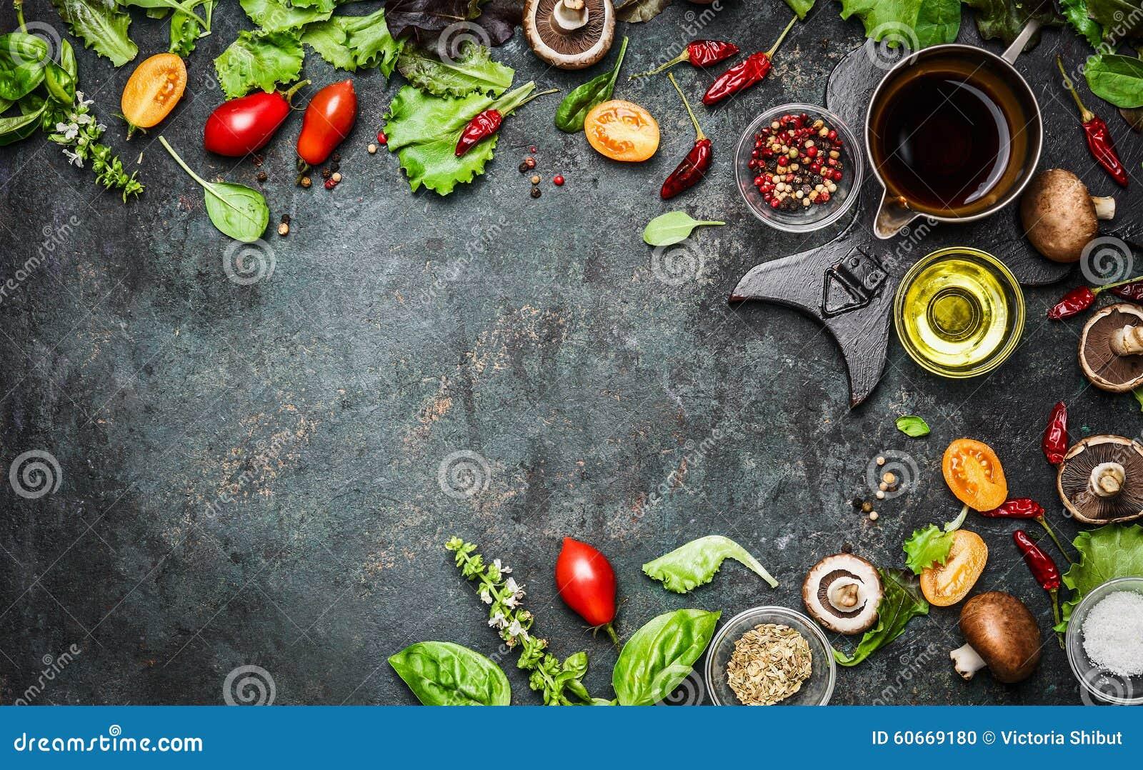 Nya läckra ingredienser för sund matlagning- eller salladdanande på lantlig bakgrund, bästa sikt, baner