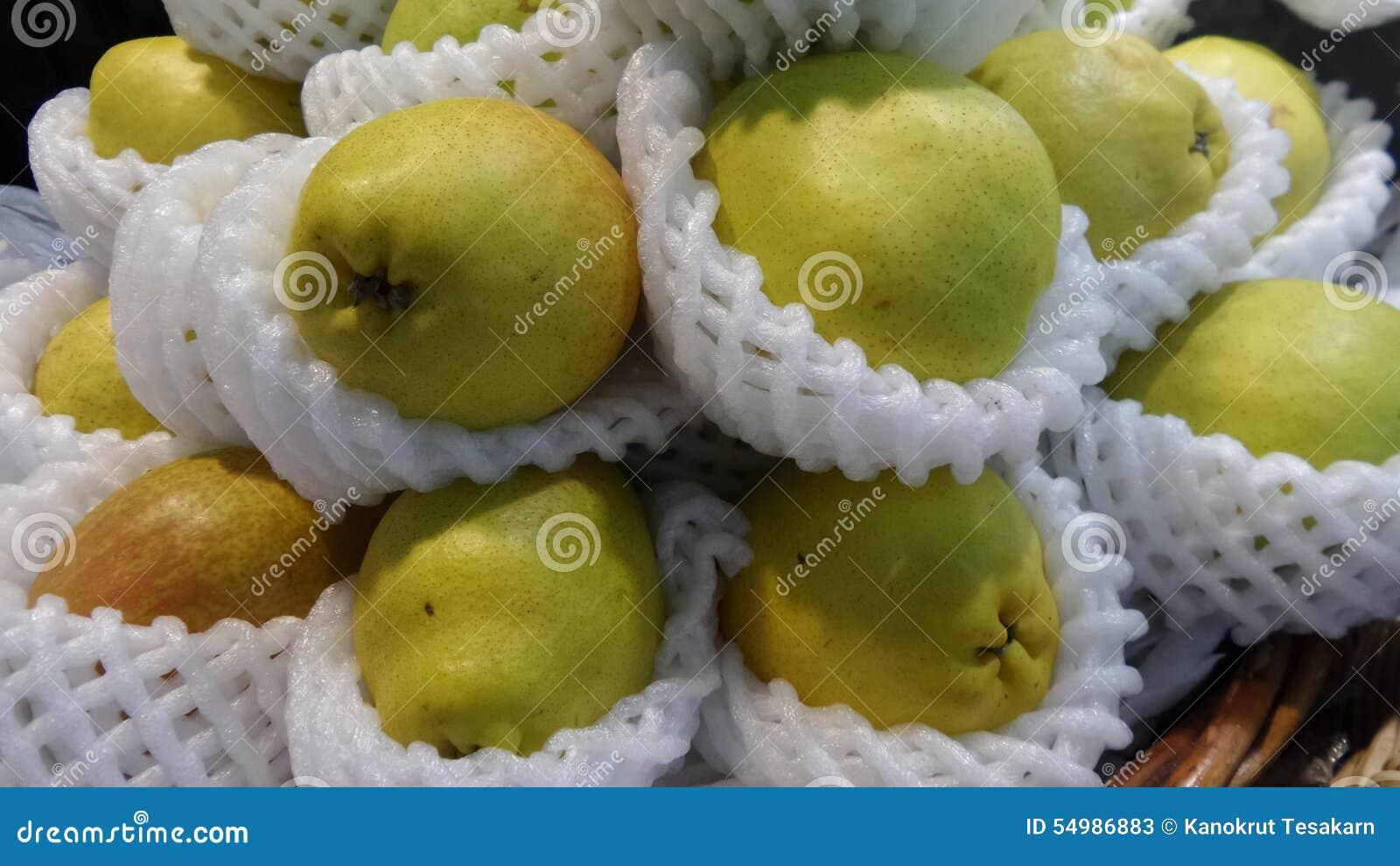 Nya pears