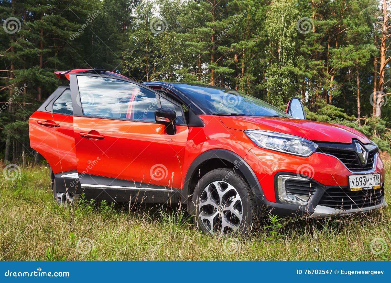 Nya Renault Kaptur med öppna dörrar