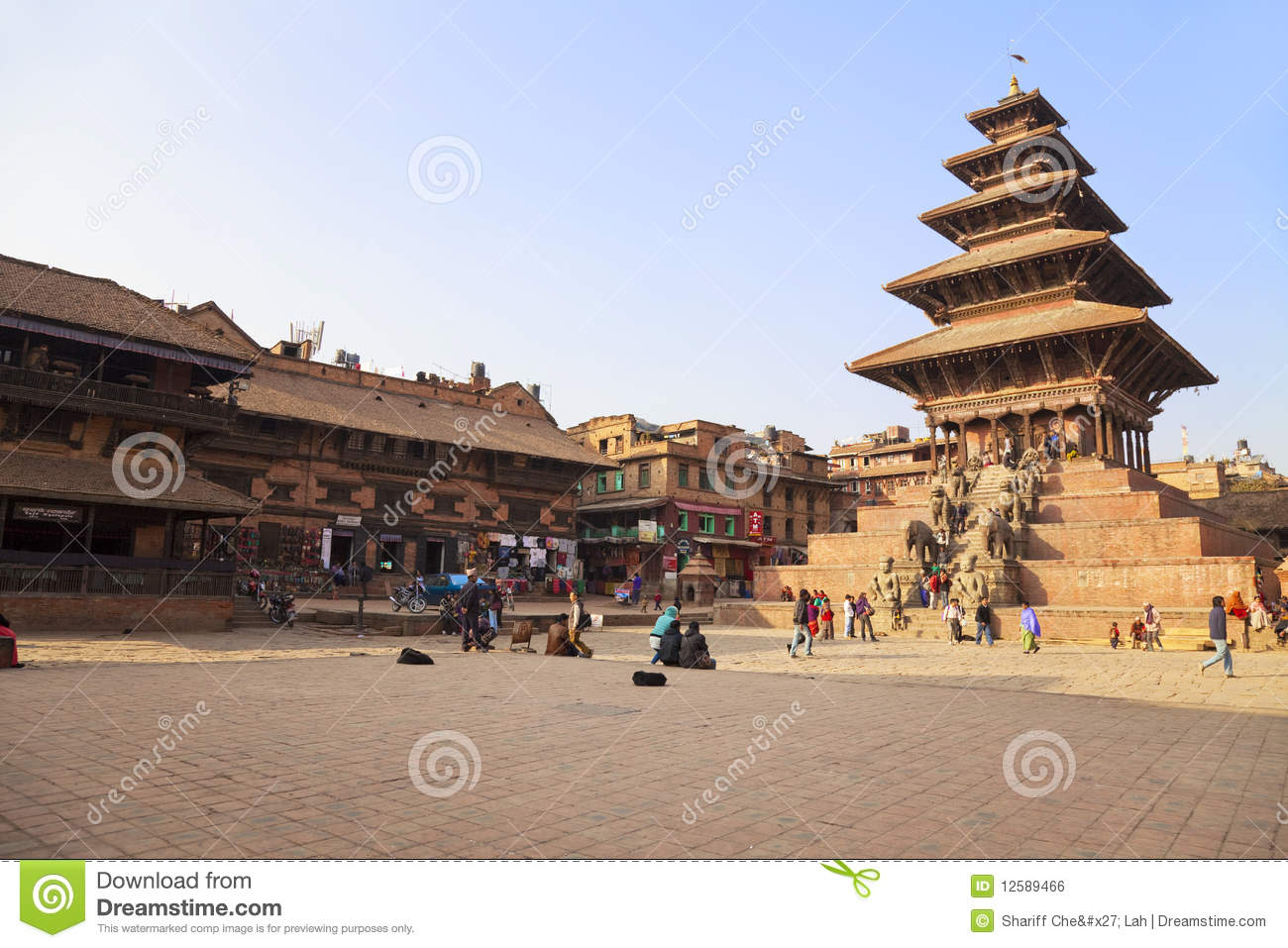 essay on bhaktapur durbar square Photo essay: the ancient town of bhaktapur, nepal share 8 tweet pin +1 2 8 shares  the 55 window palace in bhaktapur's durbar square is decorated with intricate carvings read now.