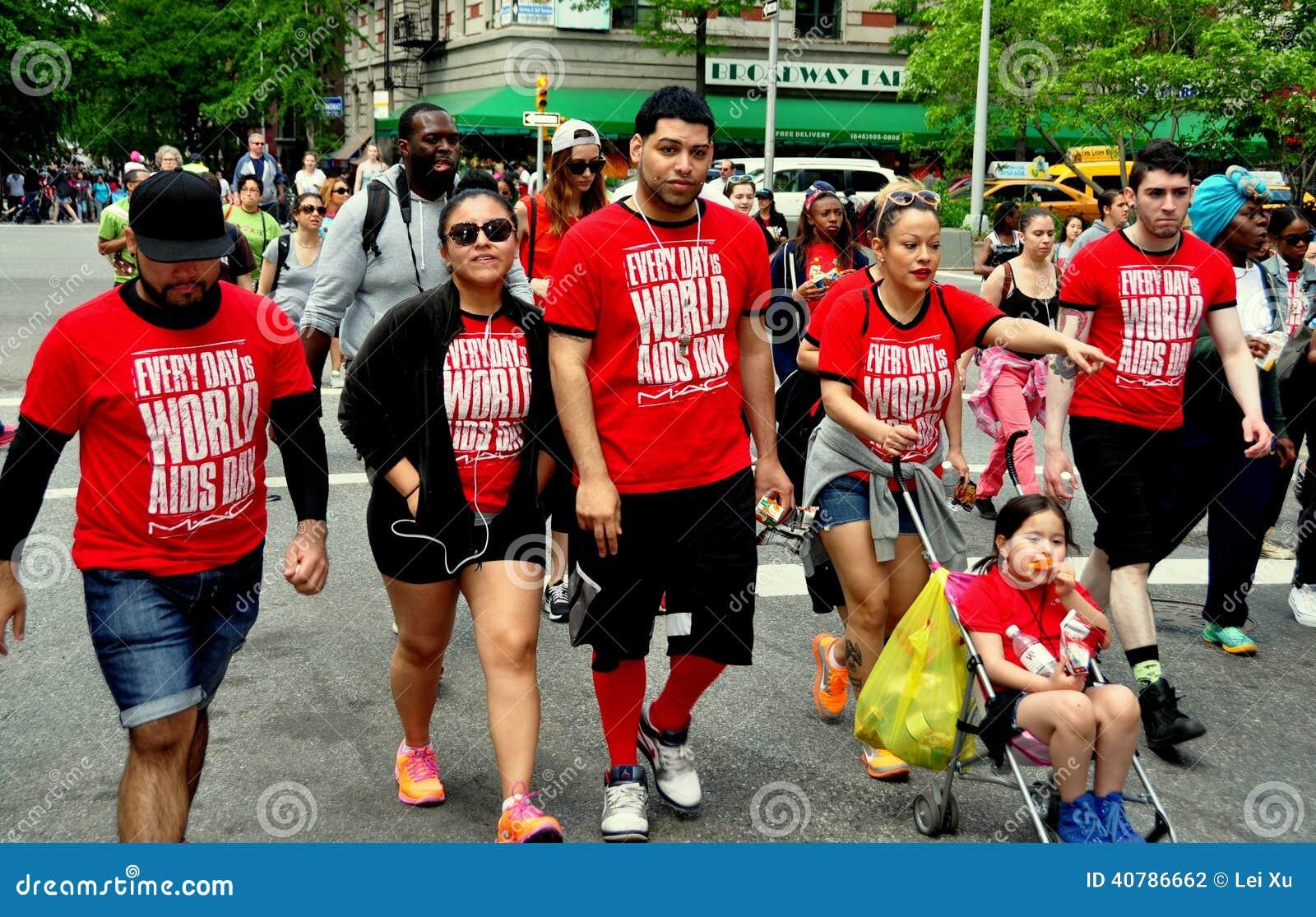 NYC: Περίπατος 2014 του AIDS περιπατητές