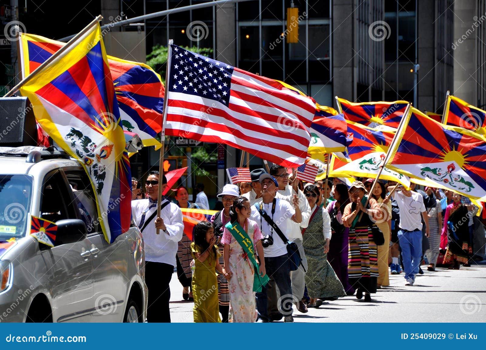 NYC: De internationale Parade van de Stichting van Immigranten