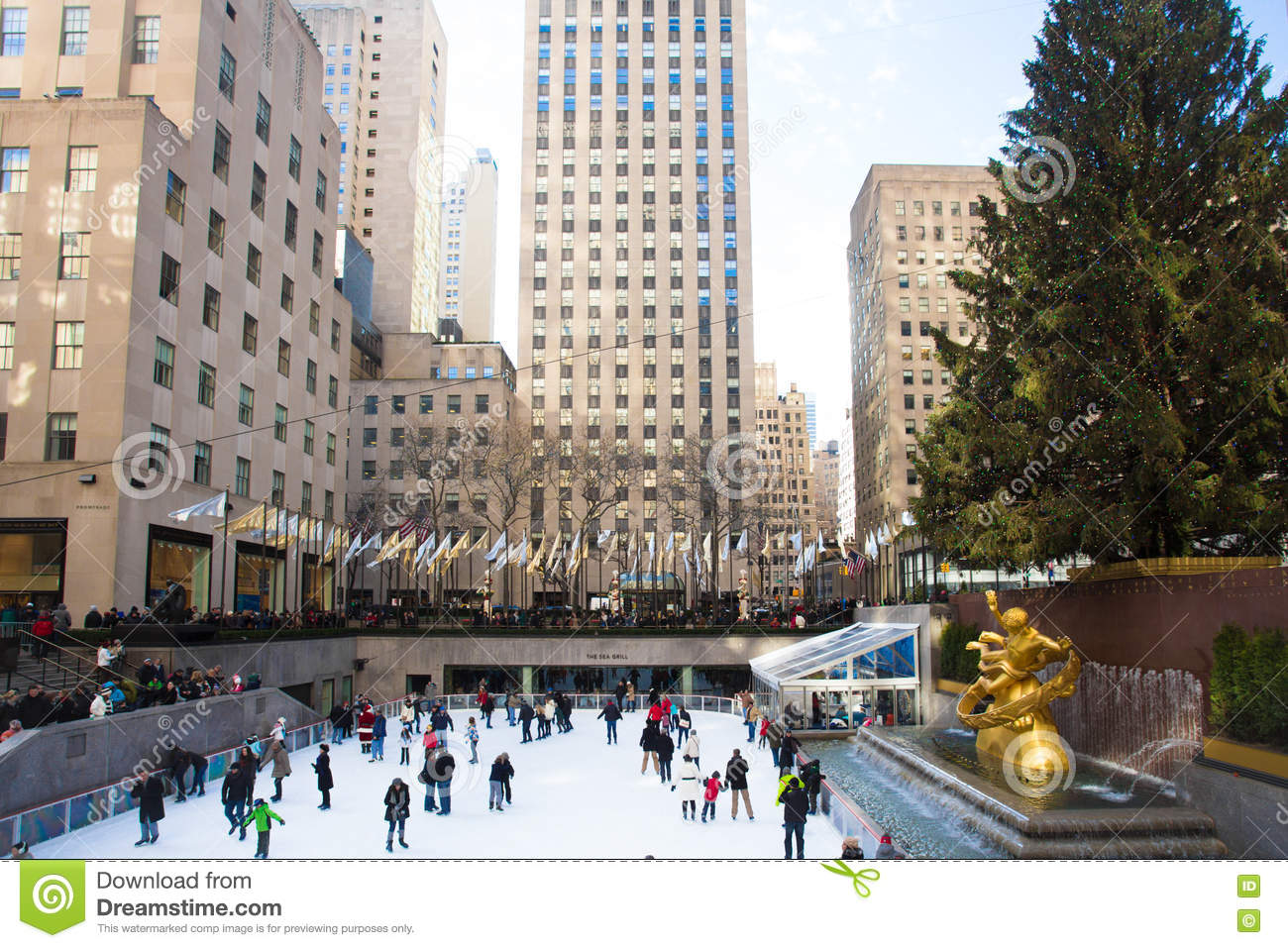 NYC Rockefeller Center Christmas Editorial Stock Image - Image of ...
