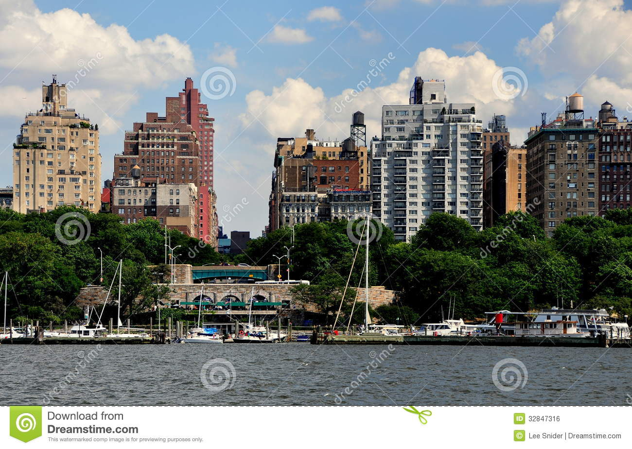 Nyc upper west side skyline and riverside park editorial for Apartments upper west side manhattan