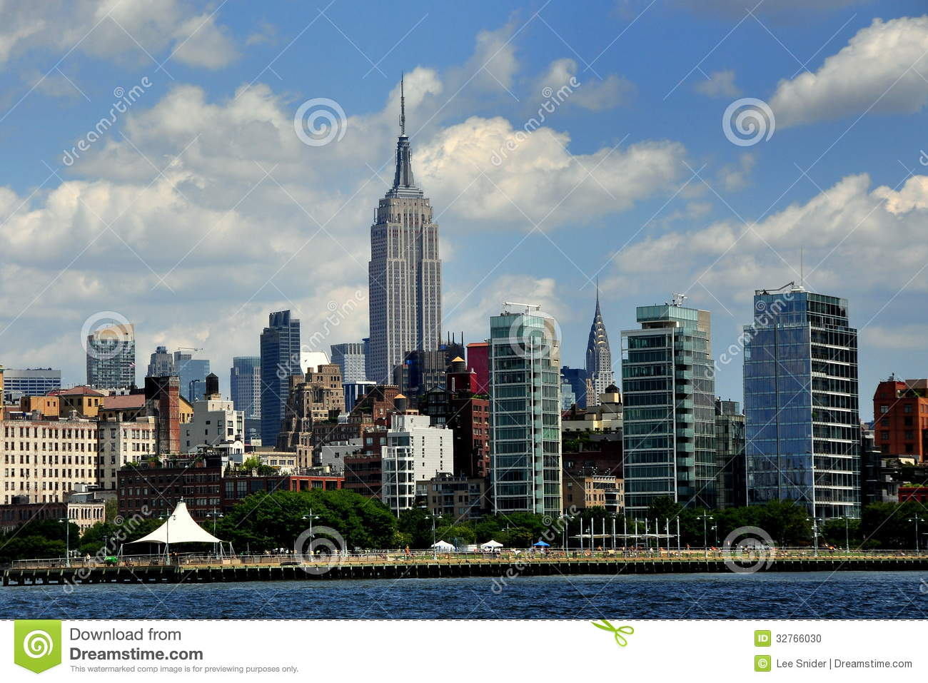 Nyc West Village Skyline And Empire State Build Editorial