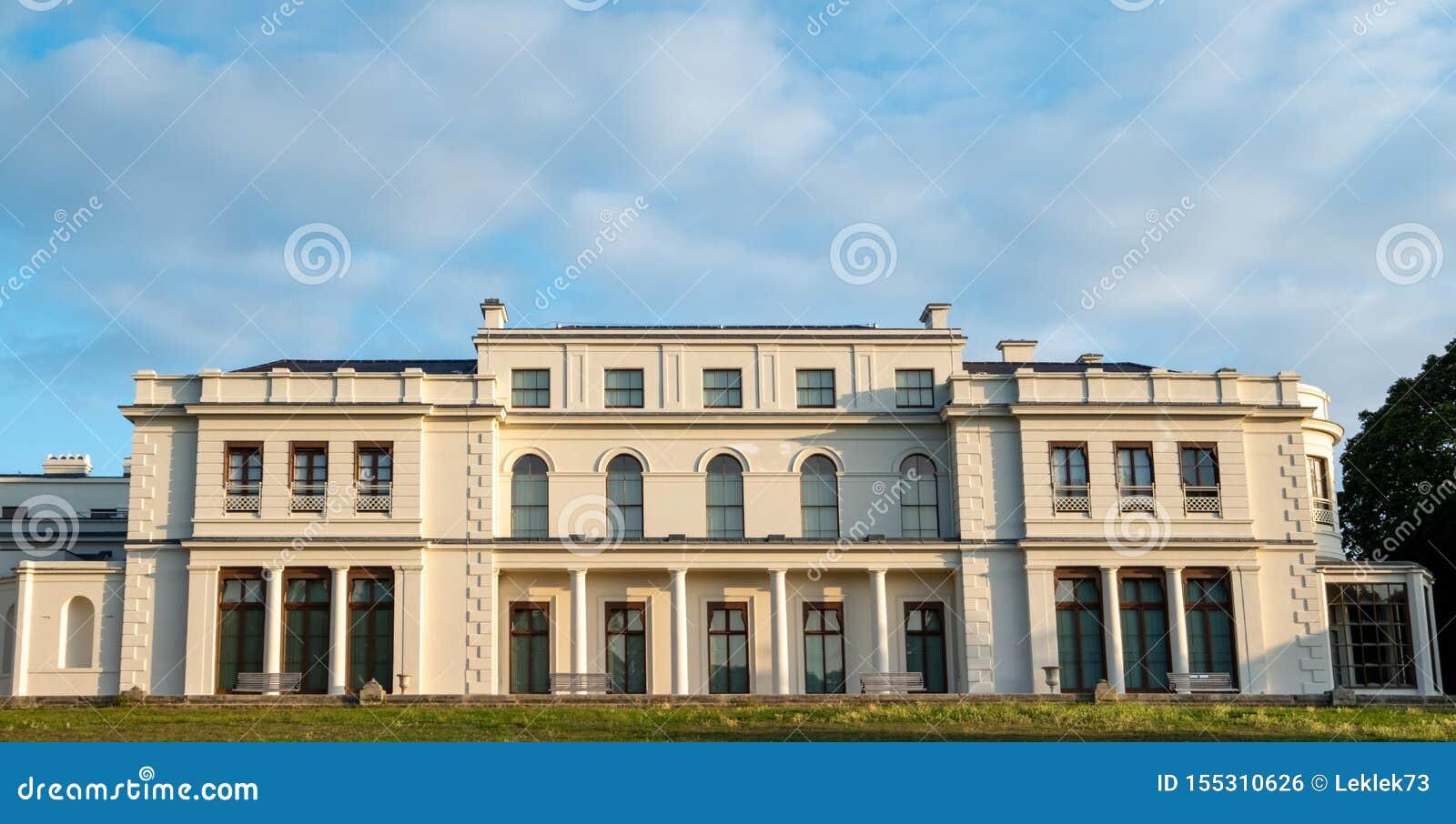 Nyligen renoverade Gunnersbury parkerar och museet på det Gunnersbury godset, London UK som ägas en gång av den Rothschild familj