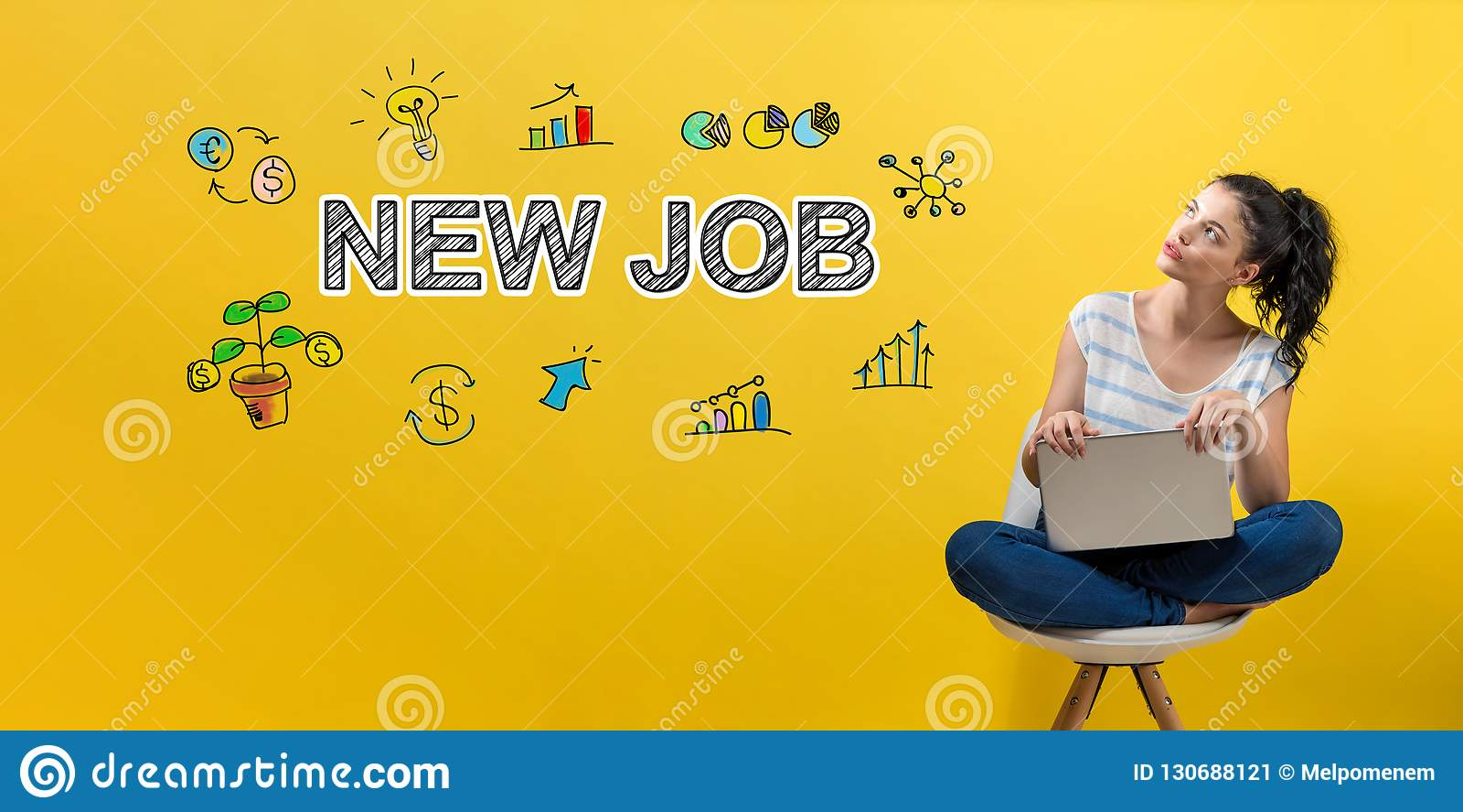 Nytt jobb med kvinnan som använder en bärbar dator