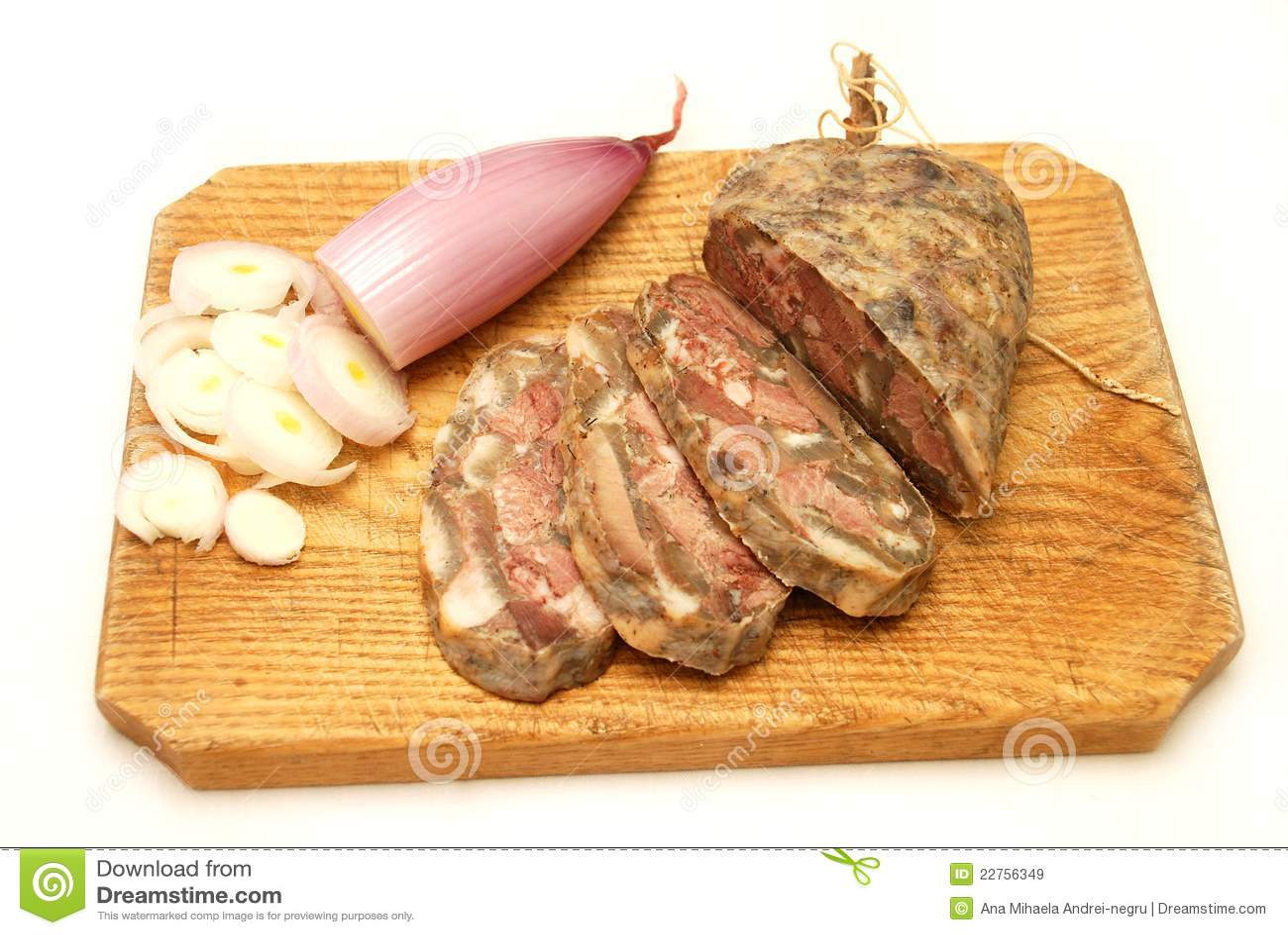 O alimento romeno tradicional chamou toba
