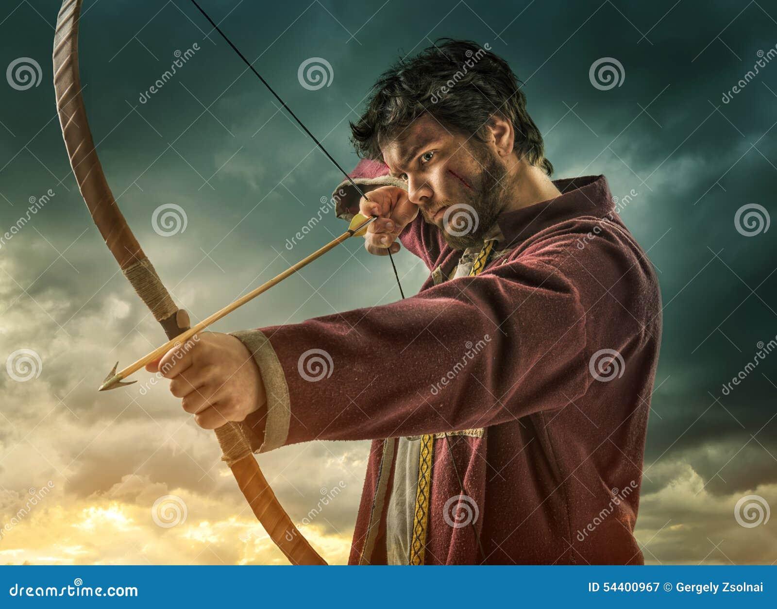 O alvo do tiro ao arco dos homens - próximo