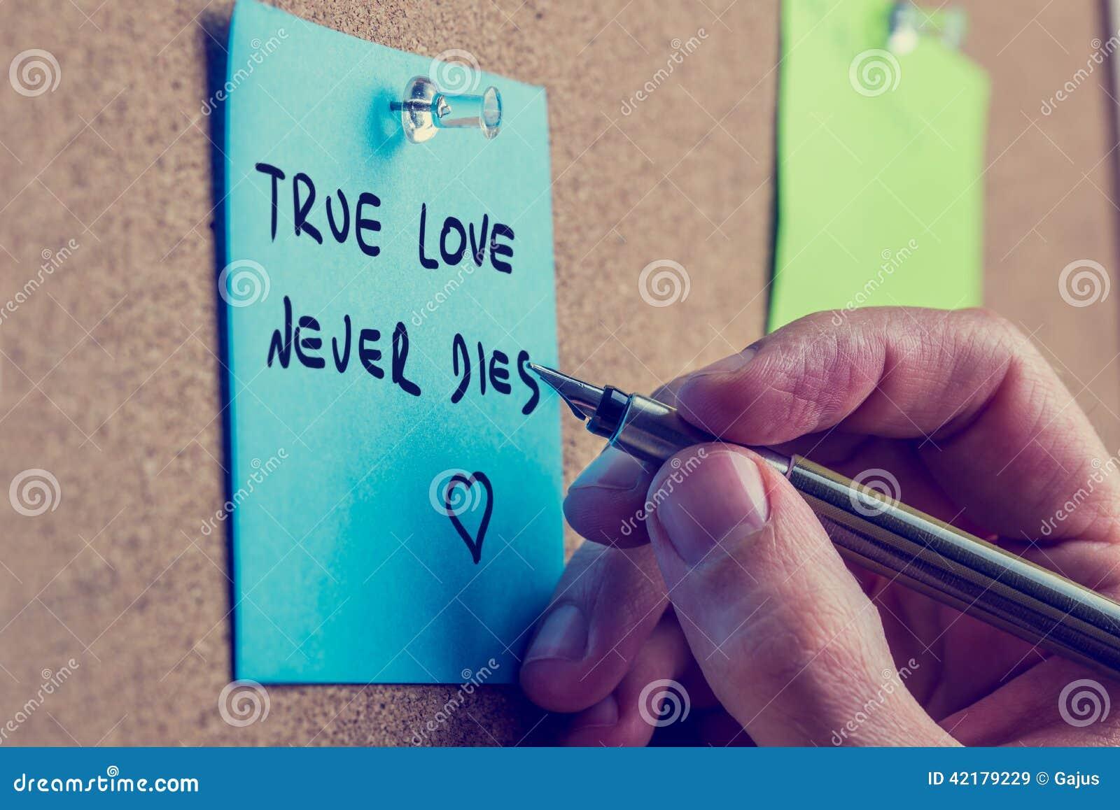 O amor verdadeiro nunca morre