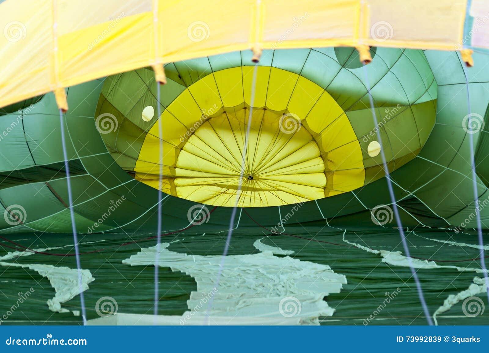 O balão de ar quente photgrphed no Bealton, mostra de ar do circo do vôo do VA