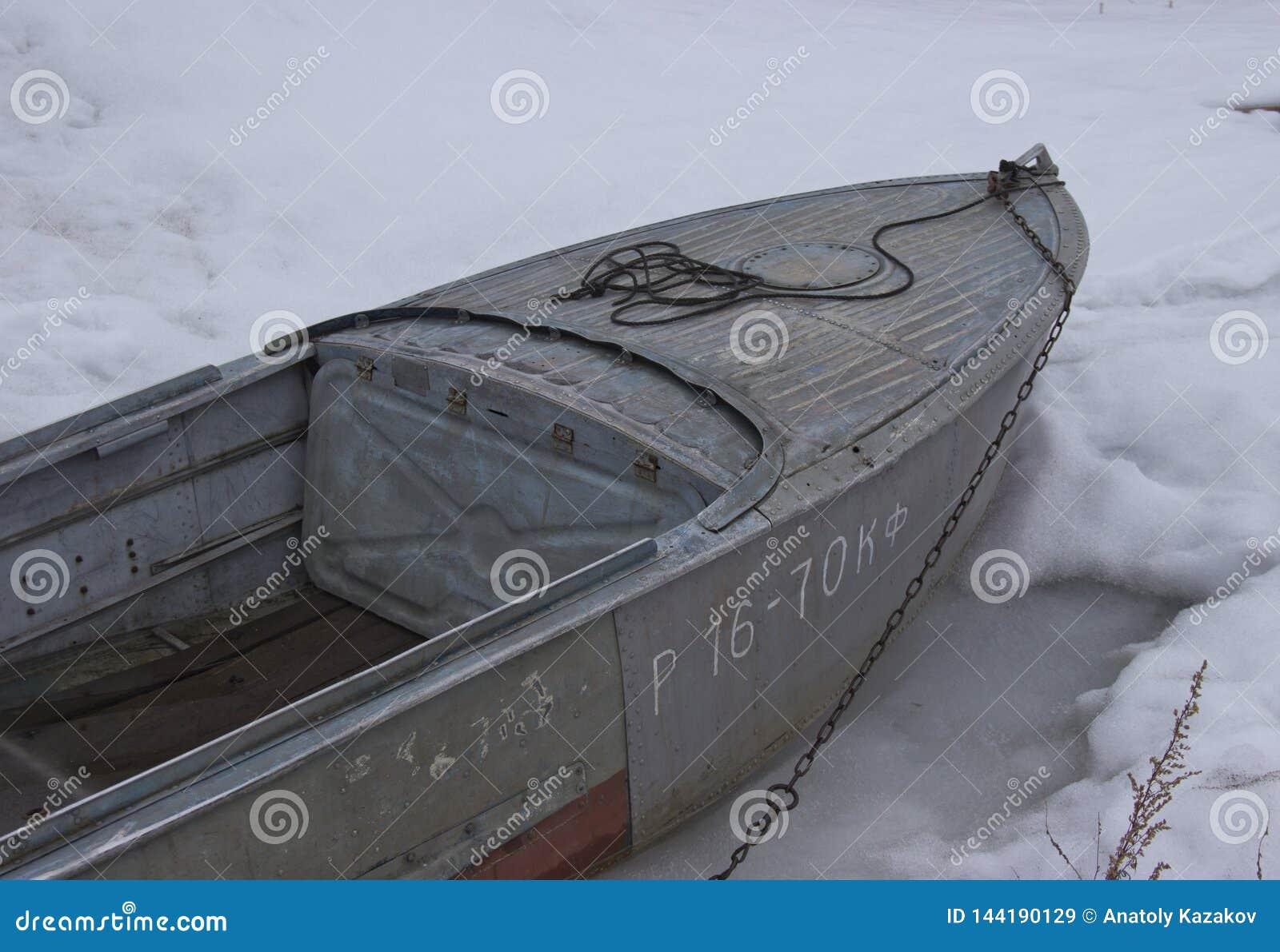 O barco congelou-se