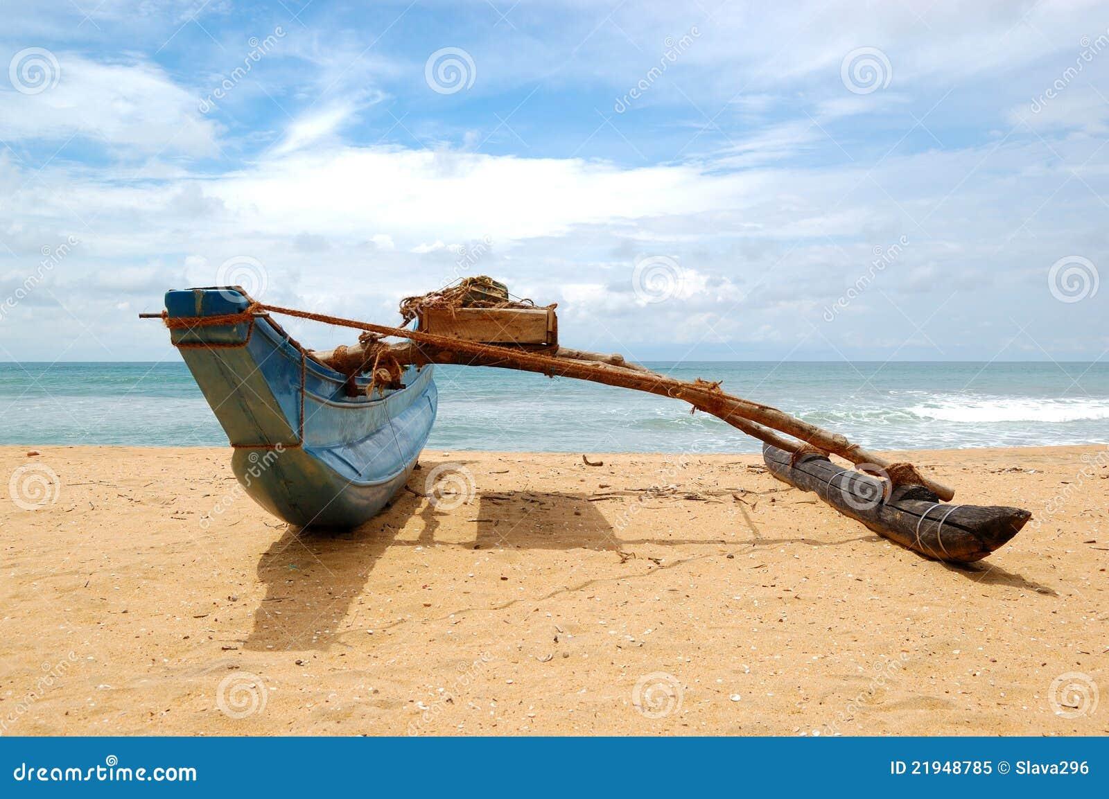 O barco do Sri Lanka tradicional