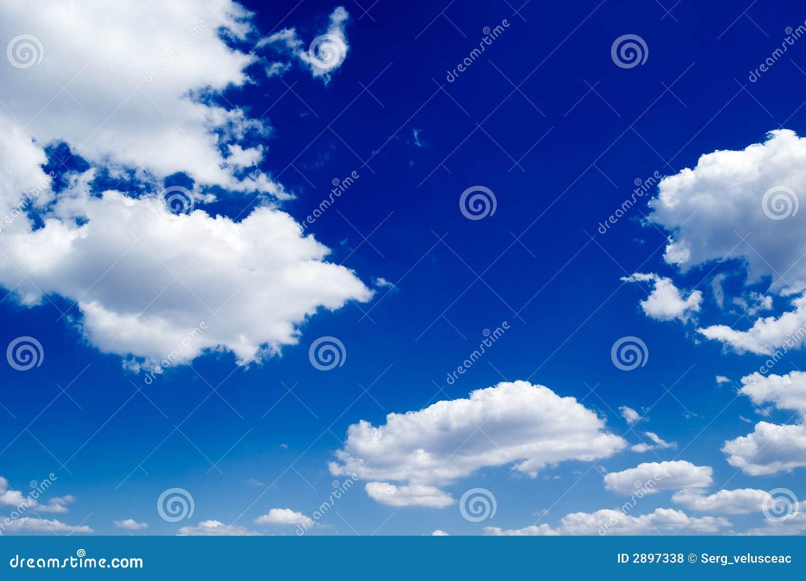 O céu azul