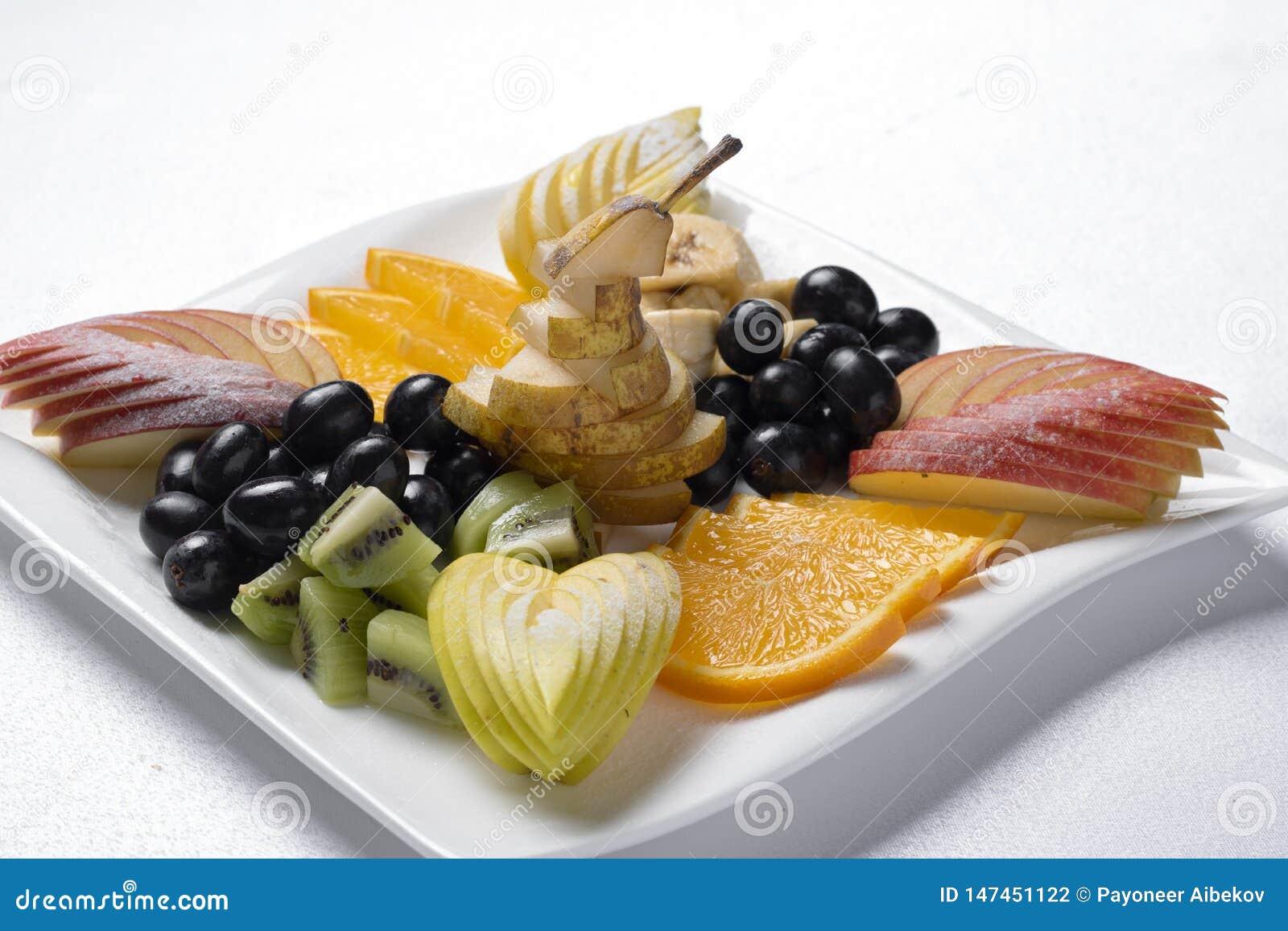 O café da manhã exótico, nutrição apropriada para perde o peso, fim acima