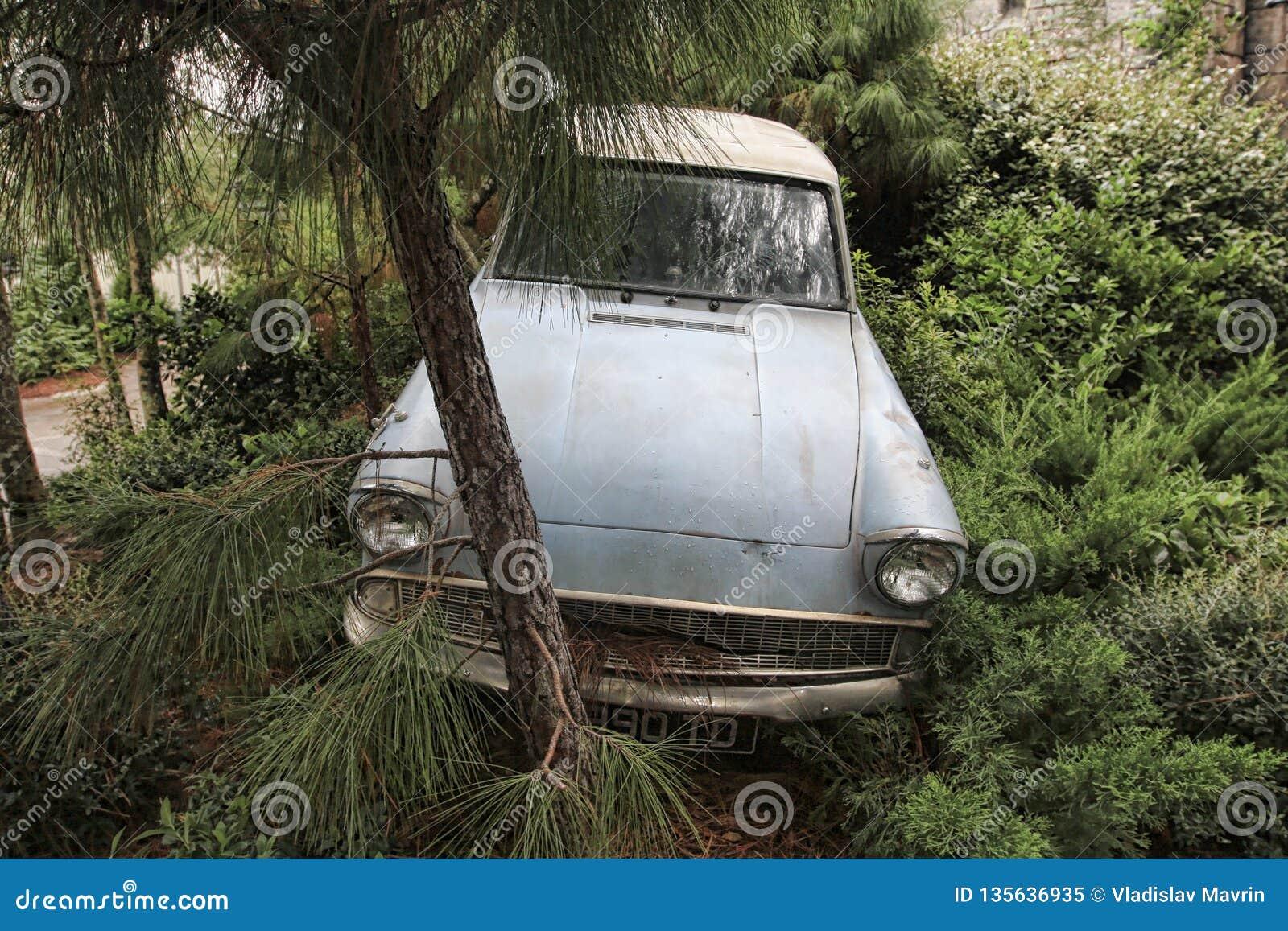 O carro de Weasley deixou de funcionar