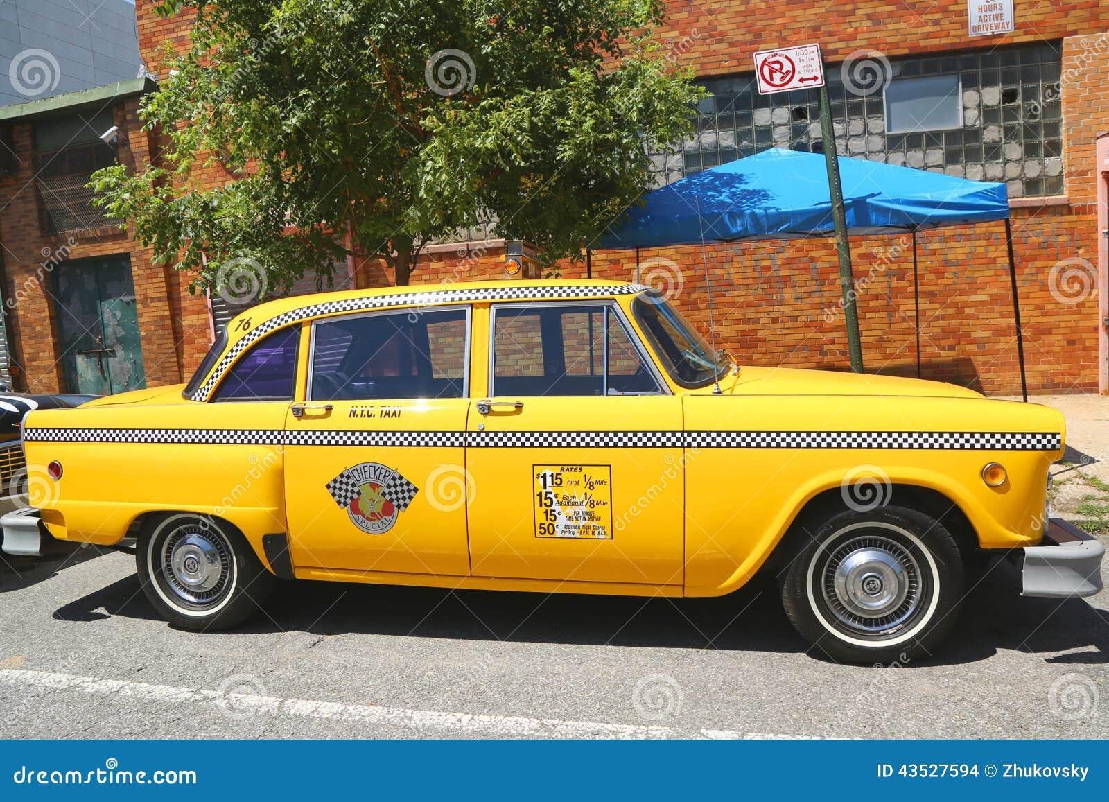 O carro do táxi da maratona do verificador produziu pelo Verificador Motores Corporaçõ