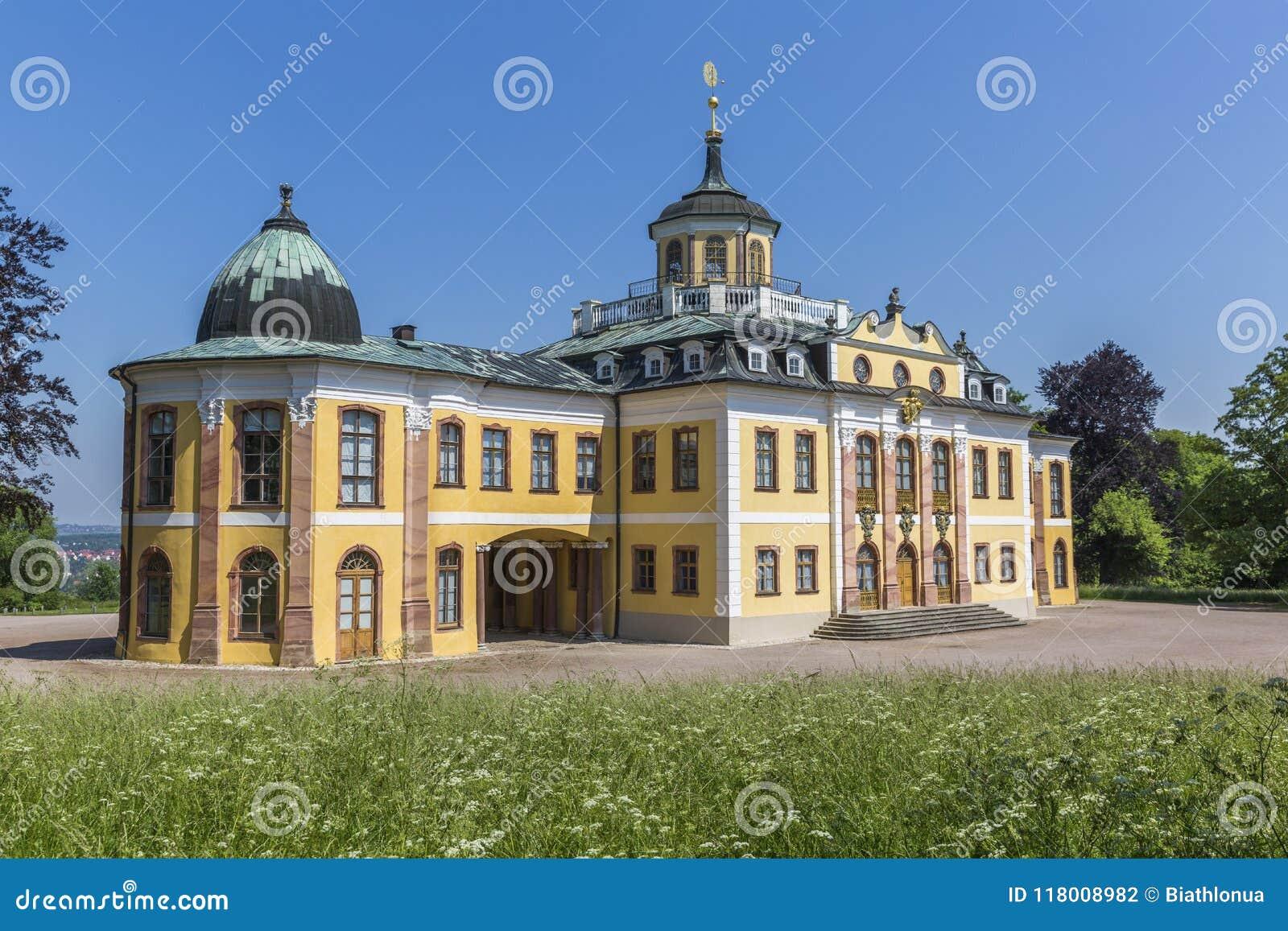 O castelo barroco do Belvedere construído para festas em casa em Weimar, Thuringia